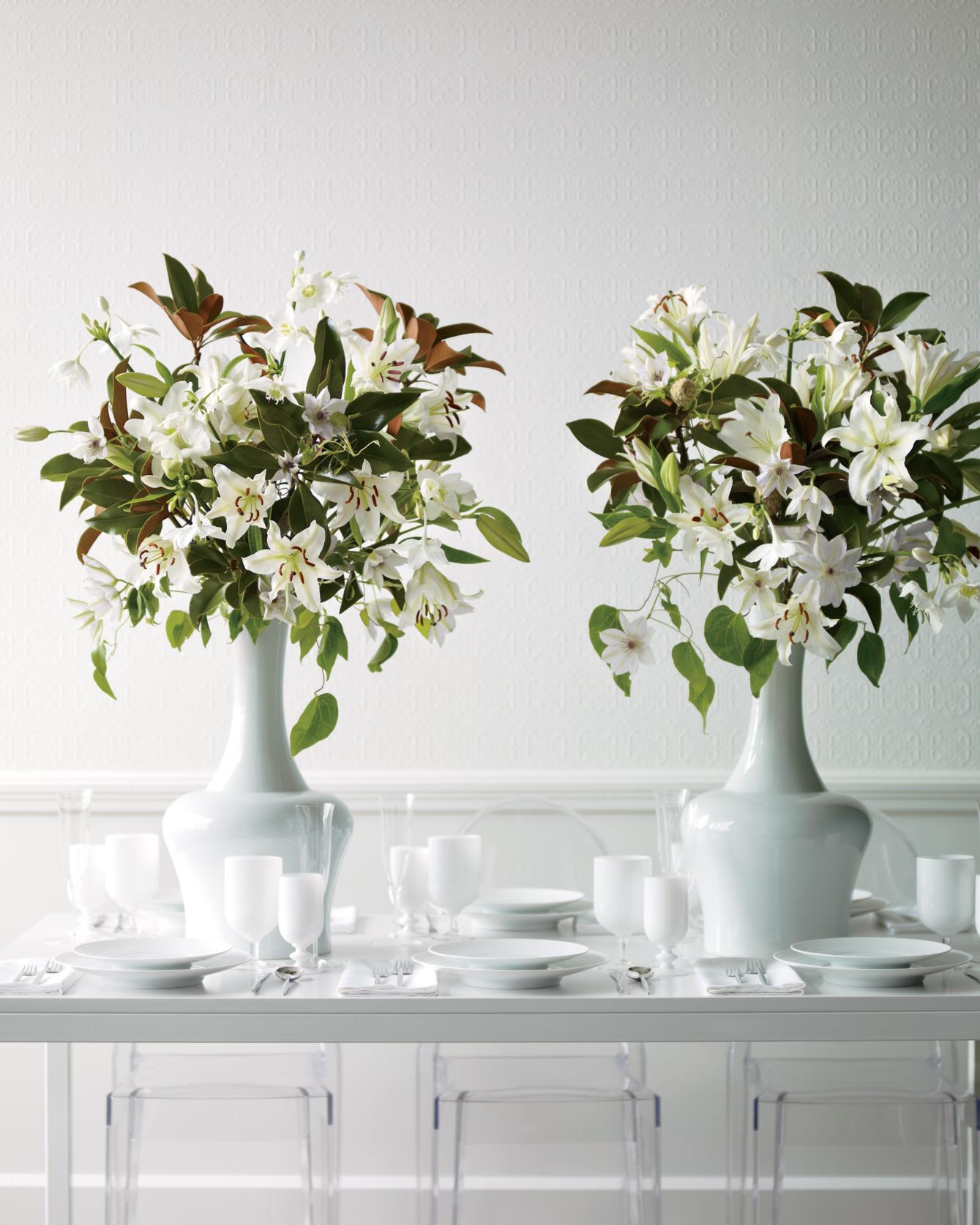 bouquet-tall-vase-mwd107875.jpg