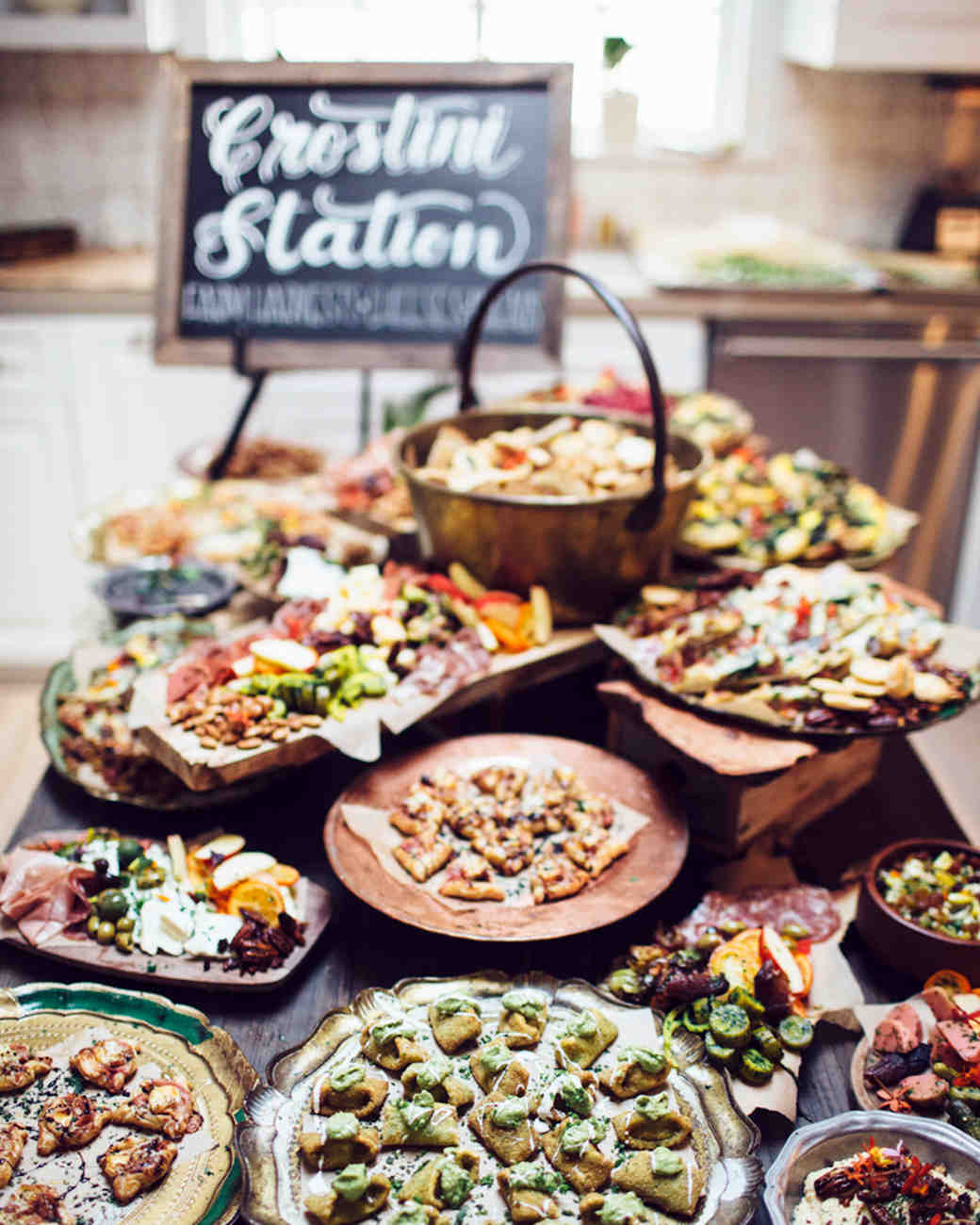 Finger Food Wedding Reception Menus: 13 Delicious Food Bars For Your Wedding