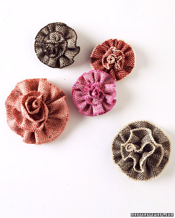 Fuzzy Flower Pins