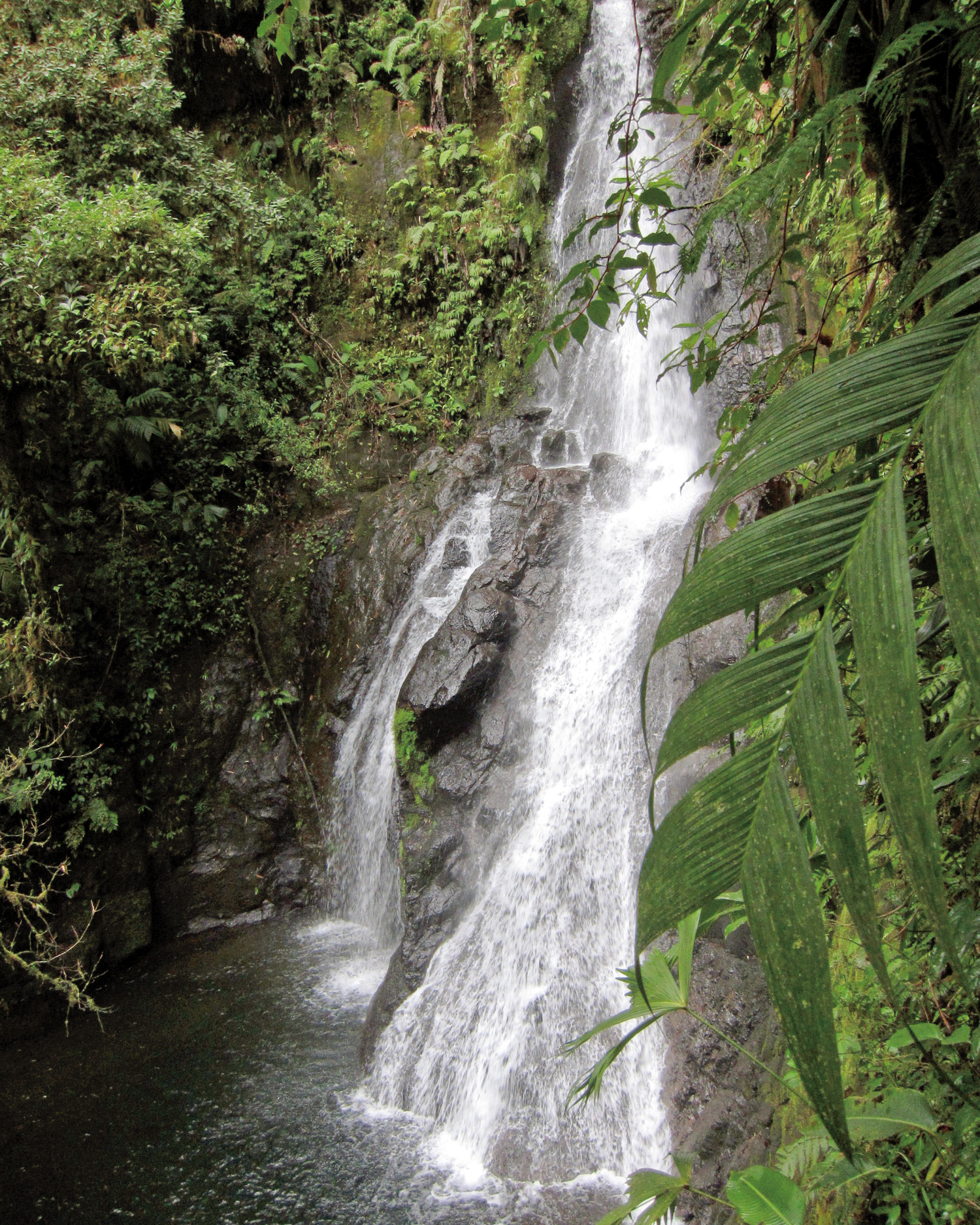 la-promesa-waterfall-mds108477.jpg