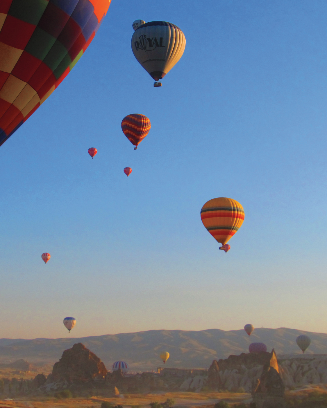 hot-air-balloons-mds108479.jpg