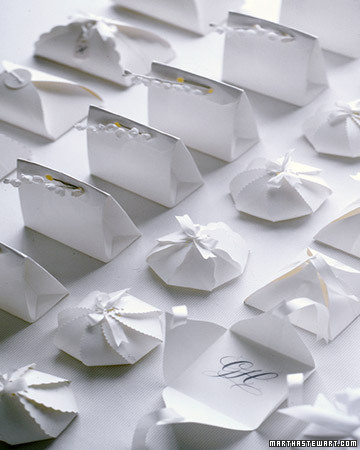 White Favors: Small Packages