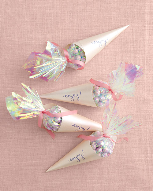 Wedding Favor Cones How-To
