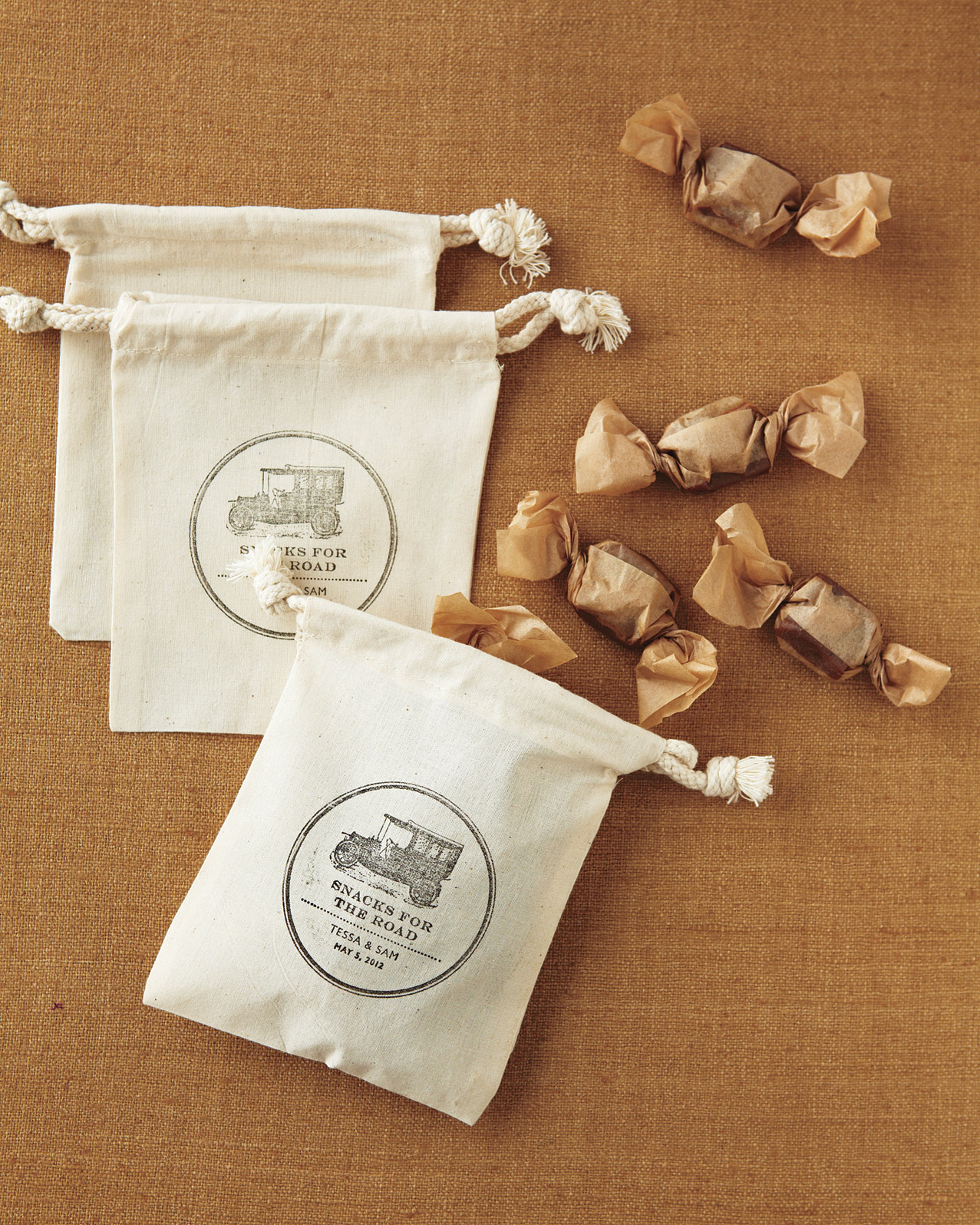 Old-Timey Stamped Favor Bags