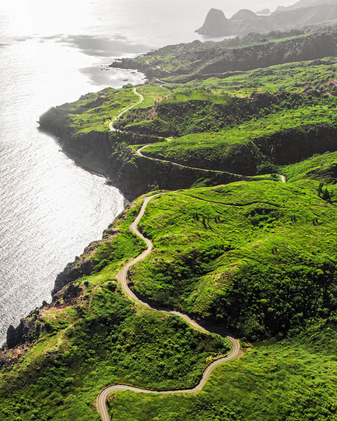 honeymooners guide hawaii road to hana tor johnson