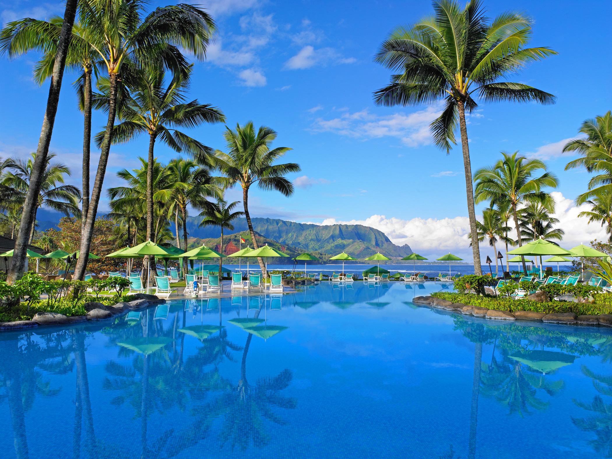 honeymooners guide hawaii st regis princeville resort 0218