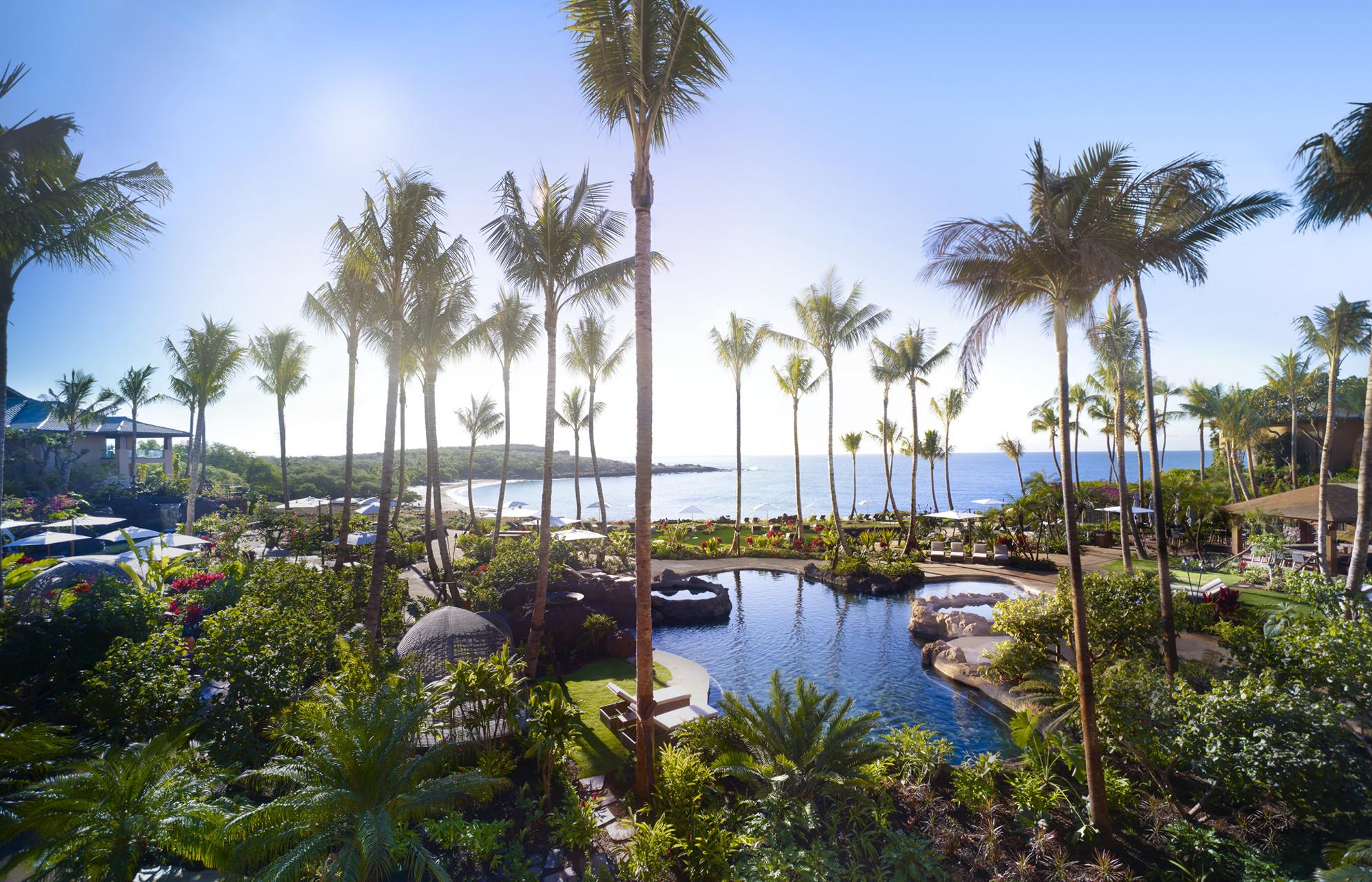 honeymooners guide hawaii four seasons resort lanai