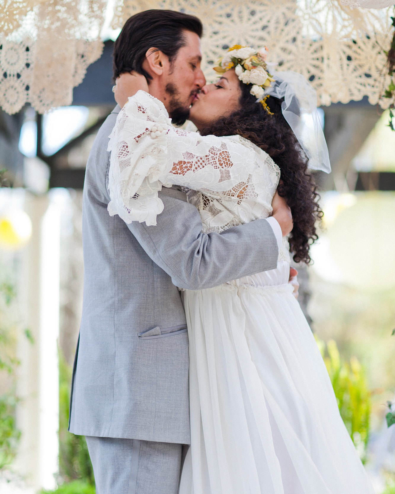 17 Jewish Wedding Traditions for Your Big Day