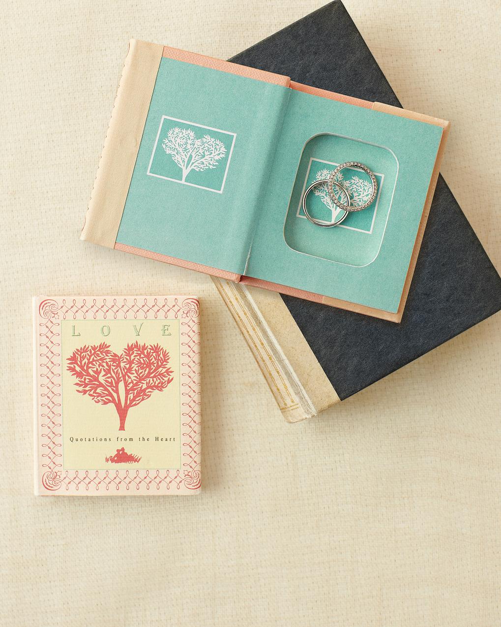 good-things-book-ring-mwd108461.jpg