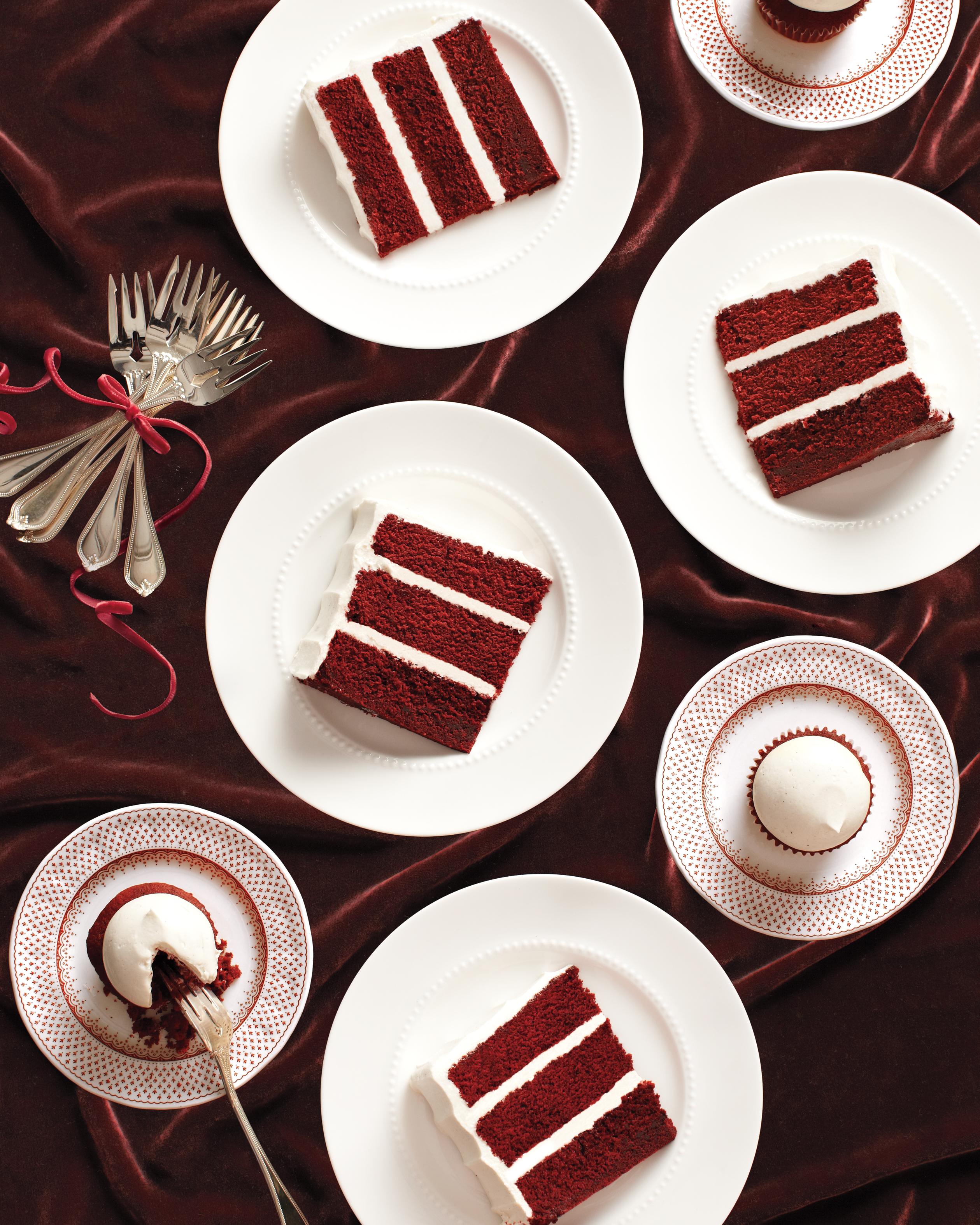 velvet-cake-227-comp-mwd110659.jpg