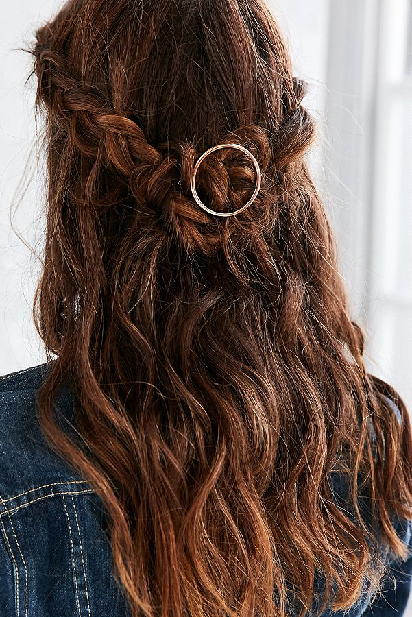 gold circle hairpiece