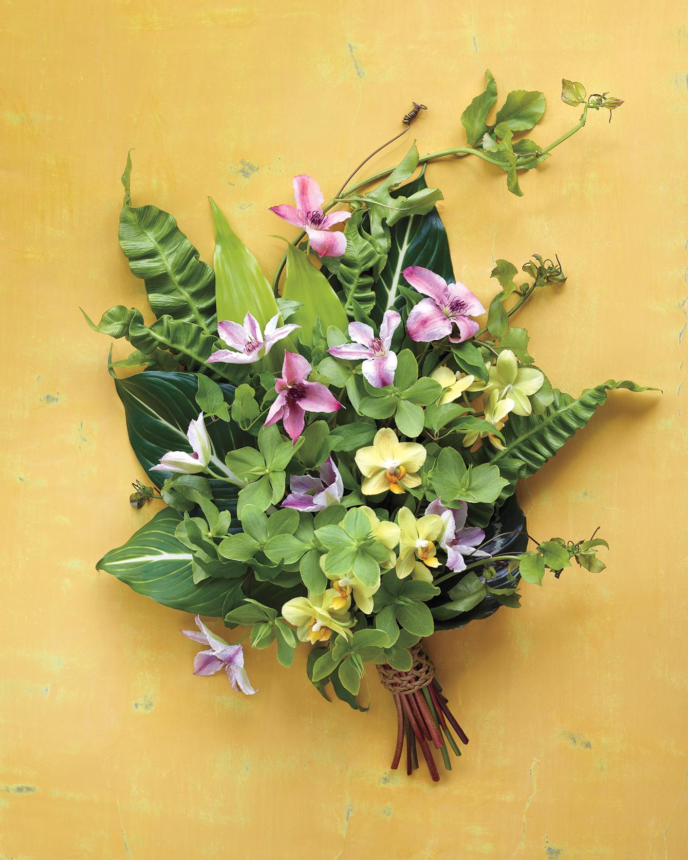 fabric-flowers-tropicalb2-md108763.jpg