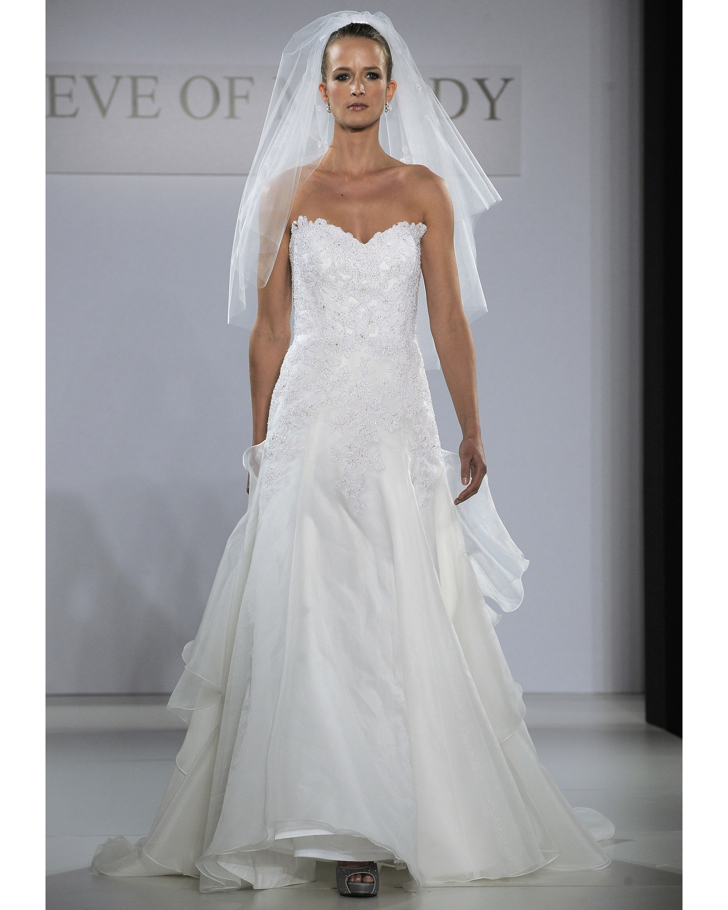 eve-of-milady-fall2013-wd109515-007.jpg