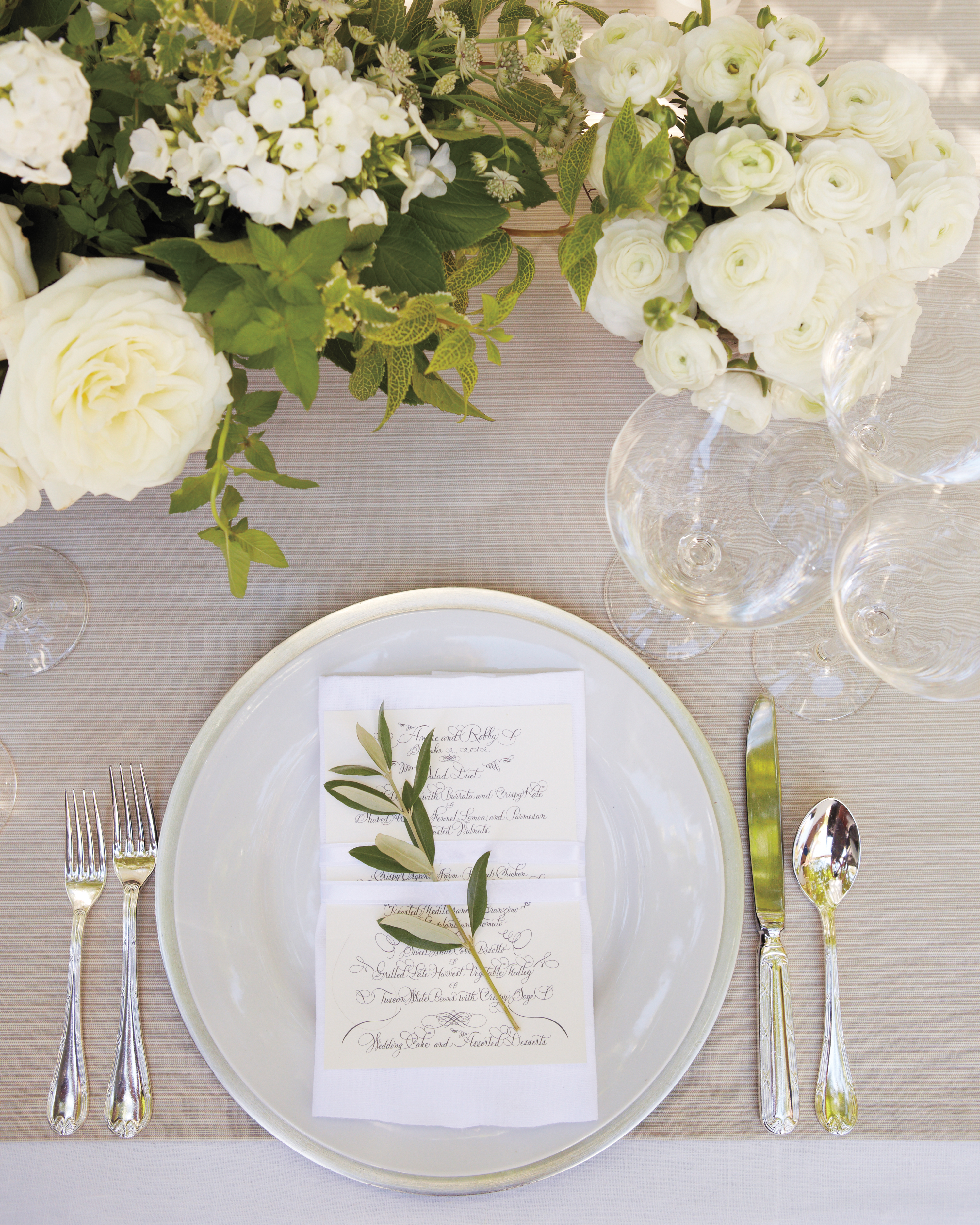 table-setting-mwd109296.jpg