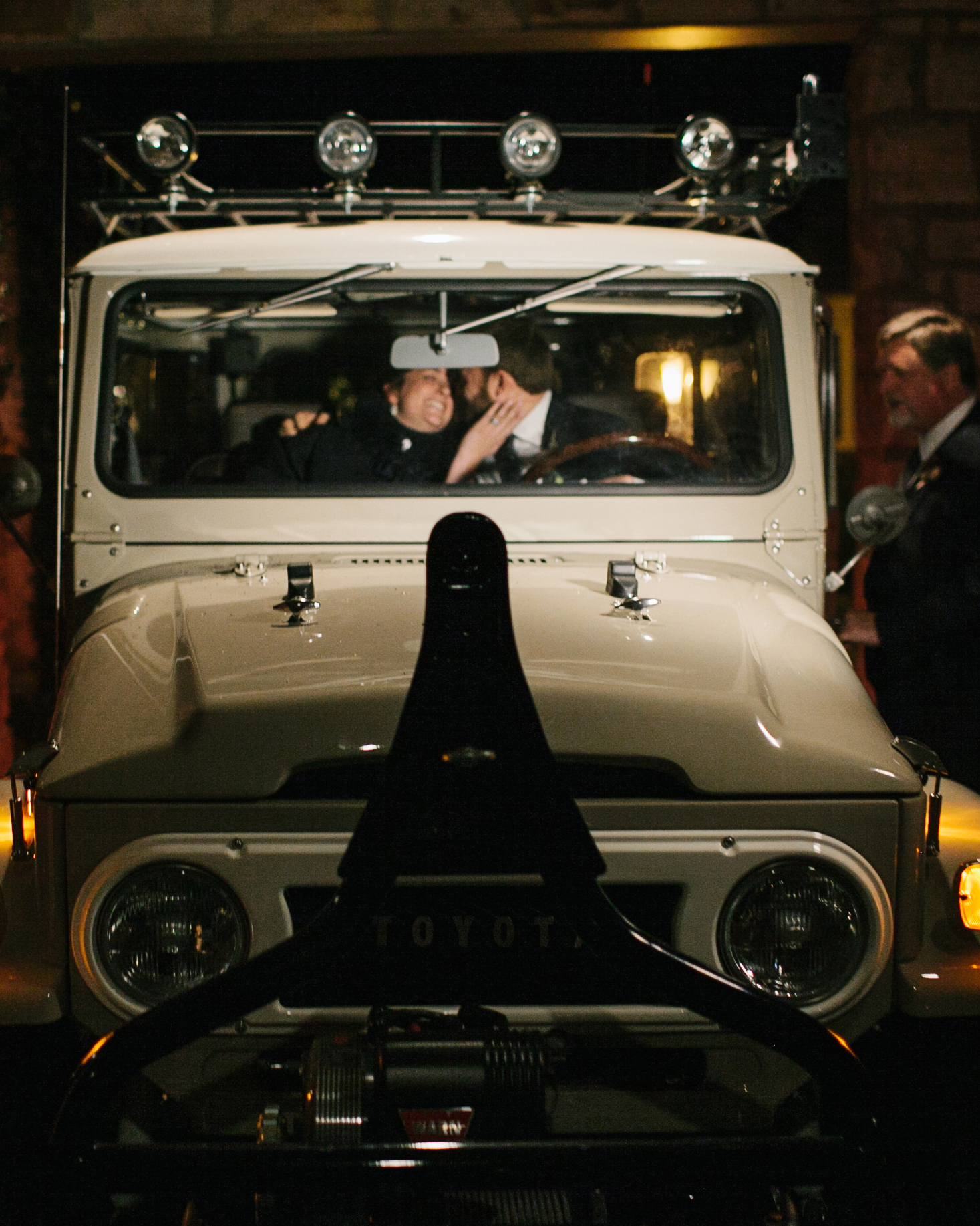 jane-ryan-wedding-getawaycar-334-s111352-0714.jpg