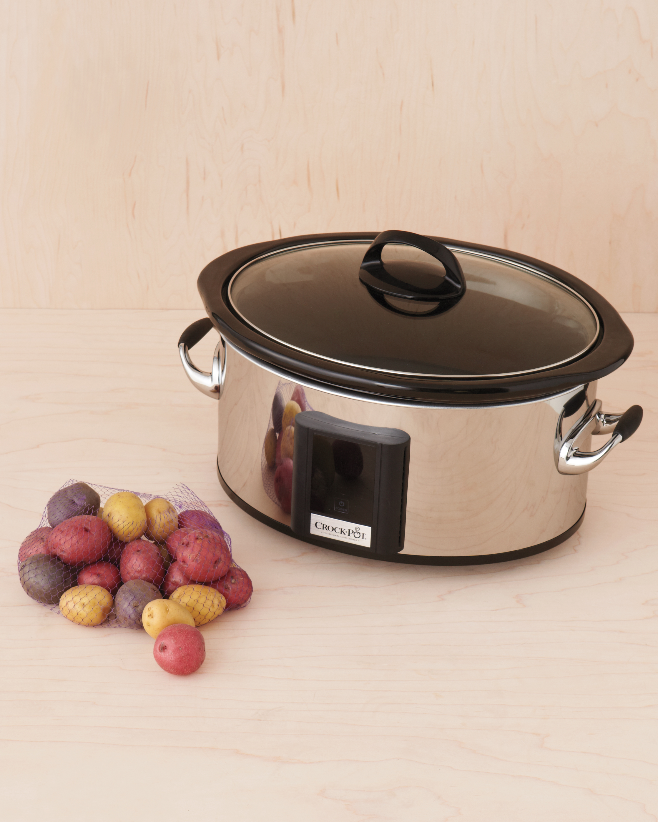crock-pot-013-mwd109796.jpg
