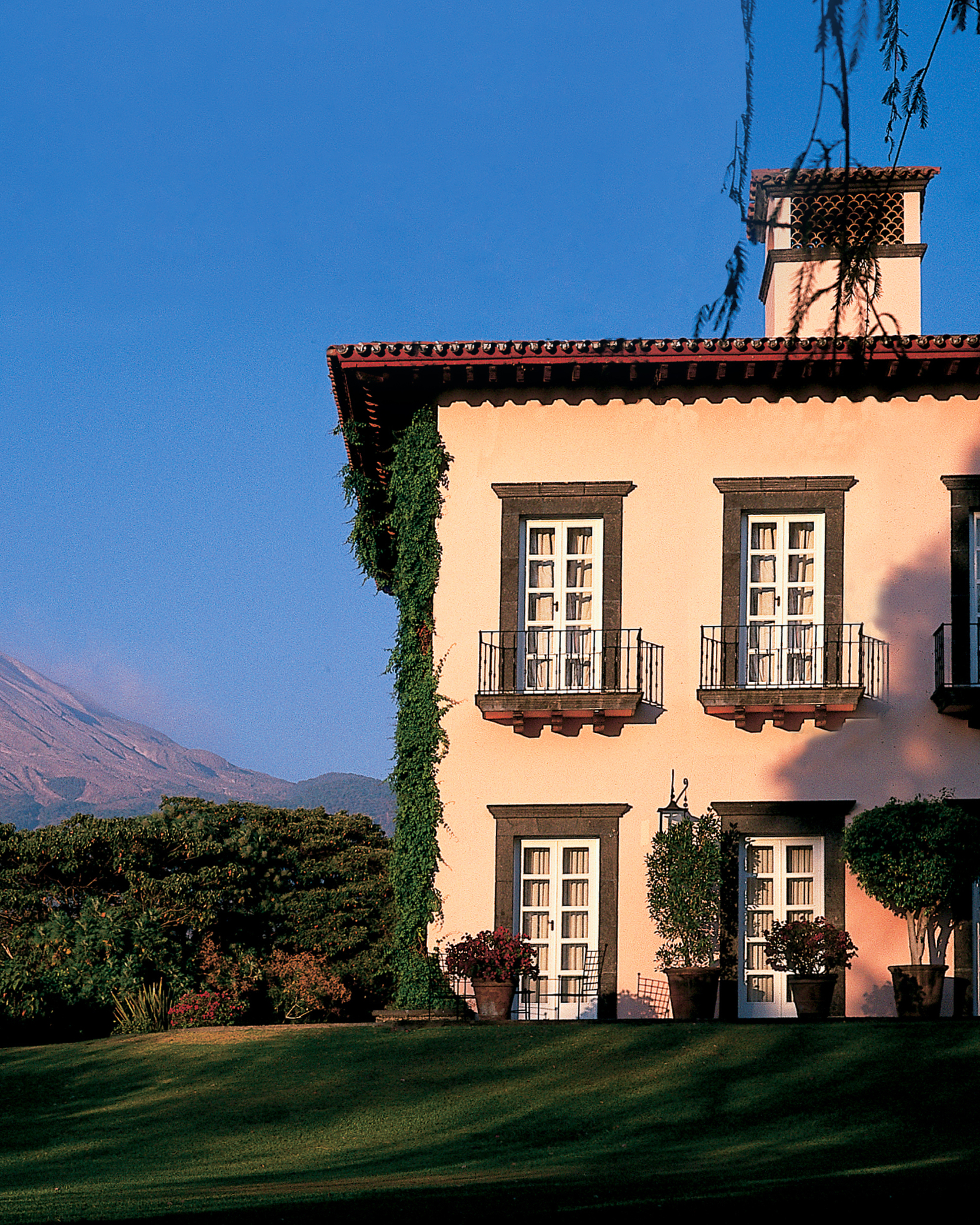 mr-mrs-smith-travel-hotels-wd0413-hacienda-de-san-antonio.jpg