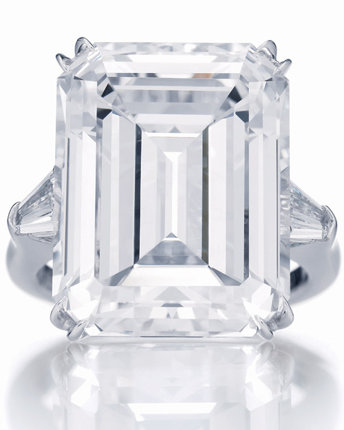 winston_harry_winston_classic_emerald_cut_ring_1.jpg