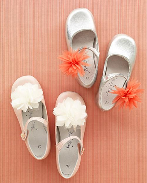 wd104764_sum09_shoes1_exp_1.jpg