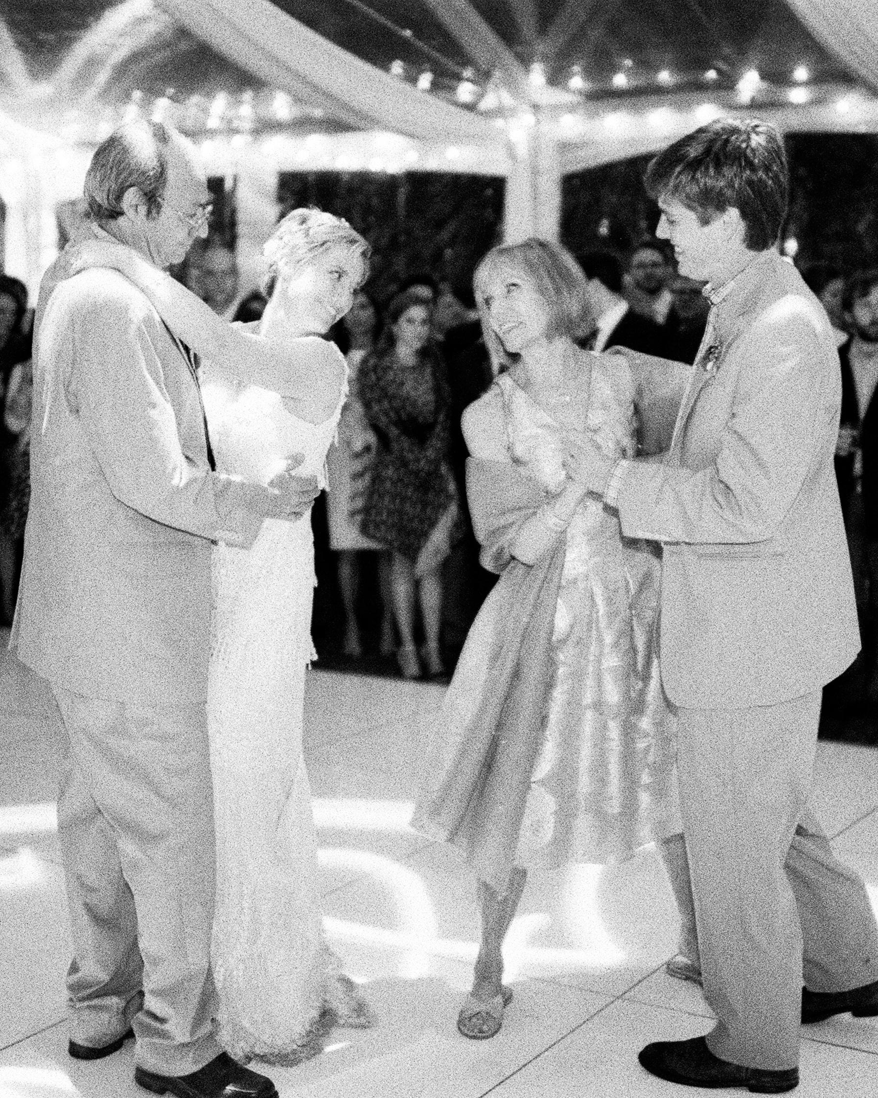 susan-cartter-wedding-dancing-13850008-s111503-0914.jpg
