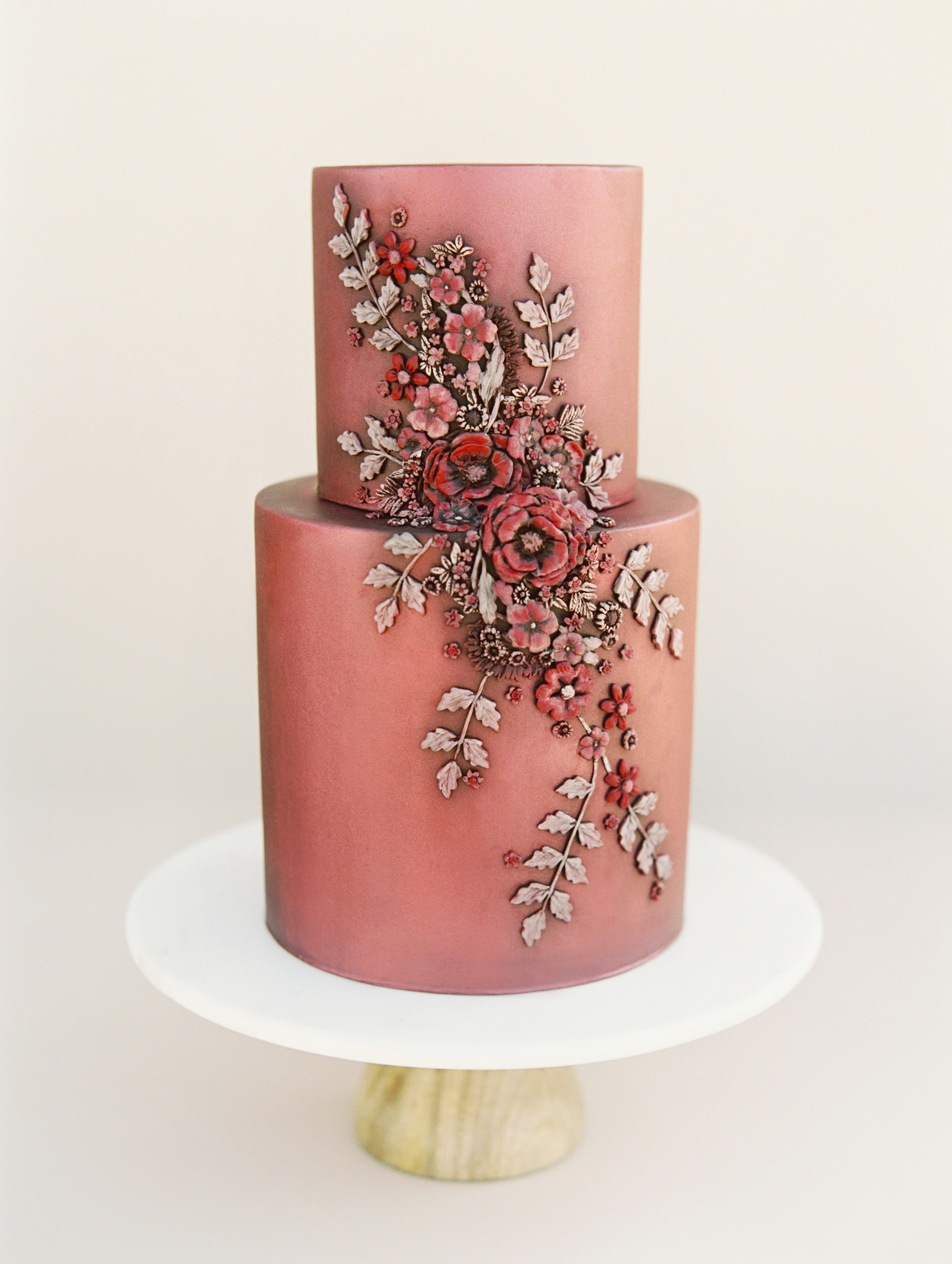 fall wedding cakes this modern romance