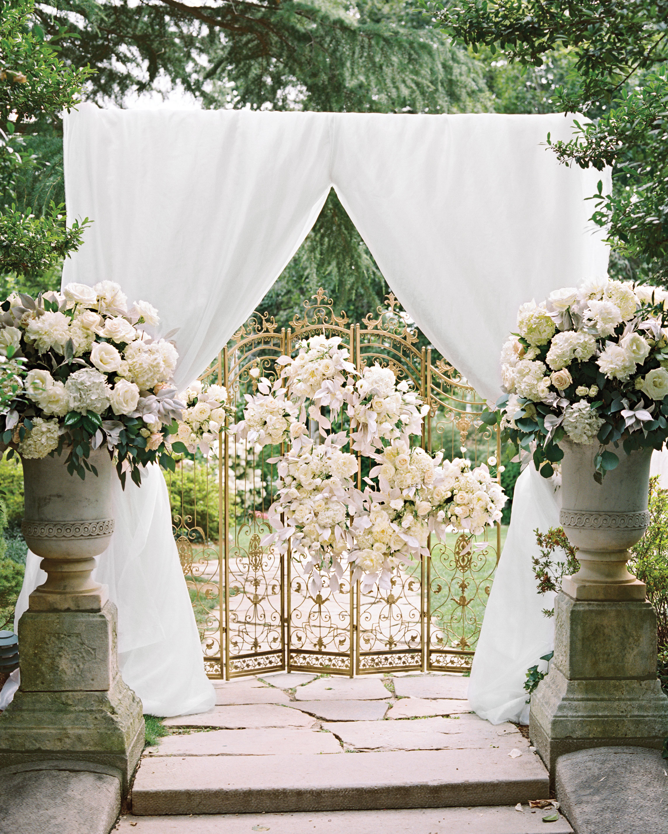 Wedding Ceremony Setup Ideas: 59 Wedding Arches That Will Instantly Upgrade Your