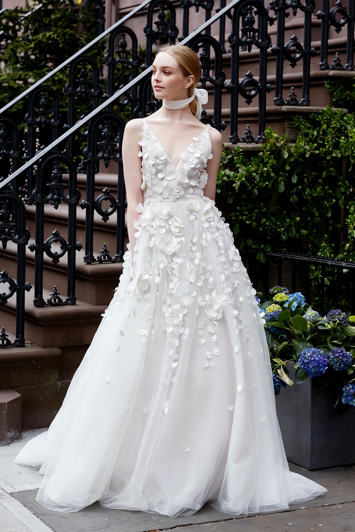 lela rose wedding dress spring 2019 v-neck tulle with applique