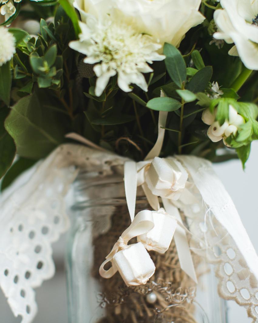trish-alan-wedding-bouquet-006-s111348-0714.jpg