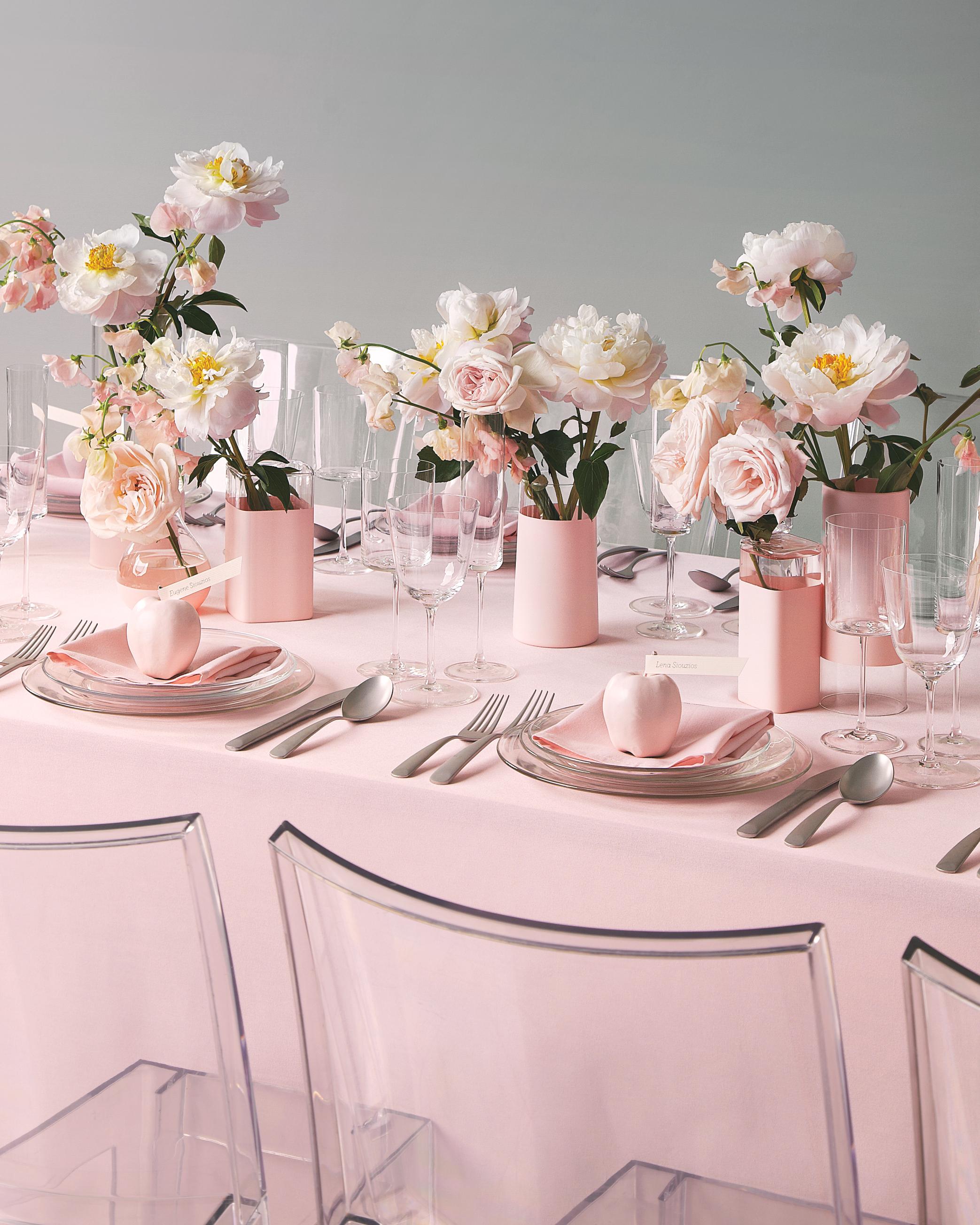 pink-table-setting-479-mwd110197.jpg