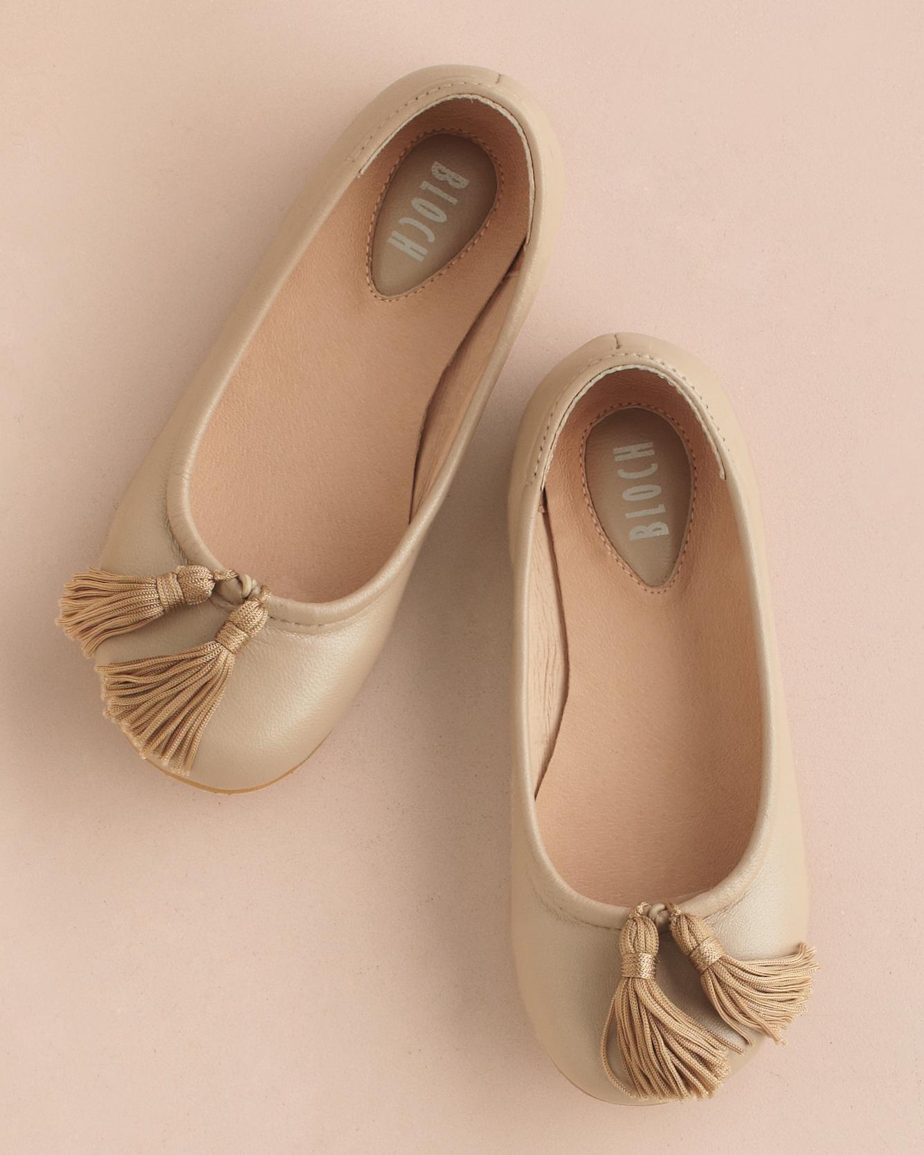 tassel-baby-shoes-318-mwd110357.jpg
