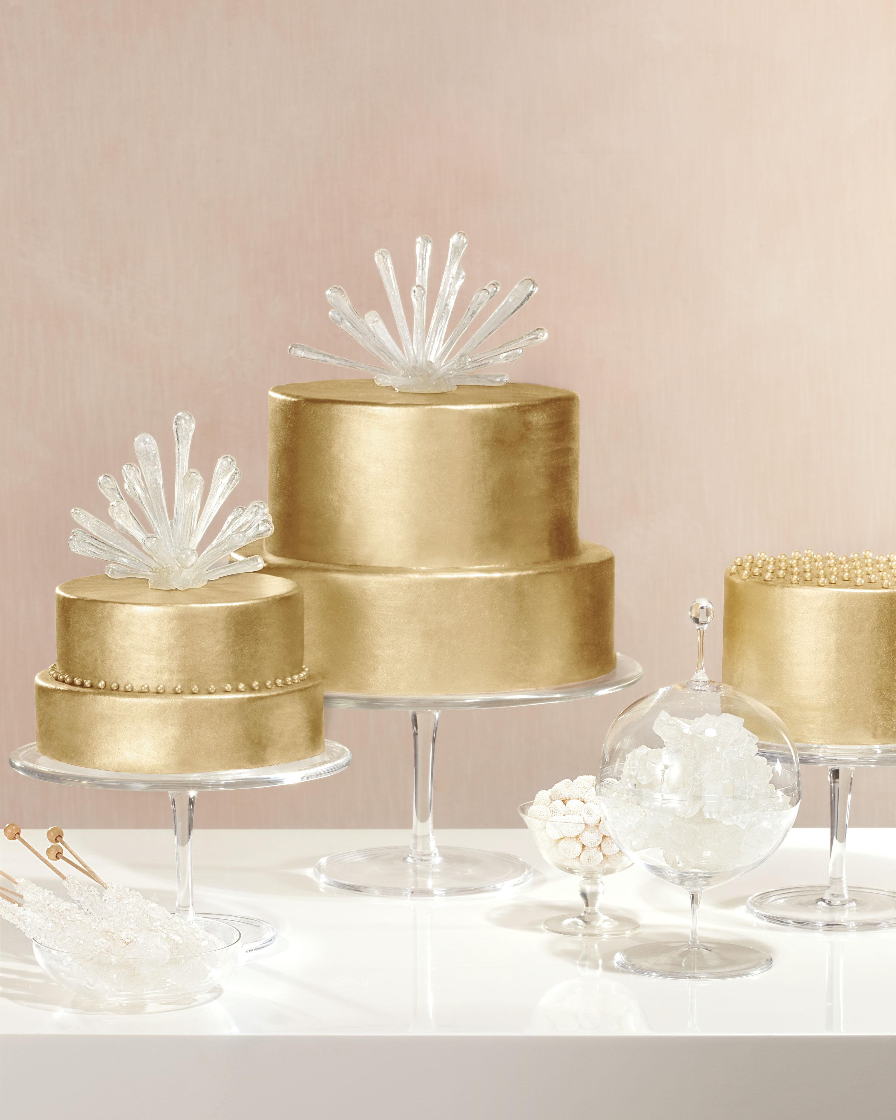 sputnik-gold-cake-166-169-147-comp-mwd110603.jpg
