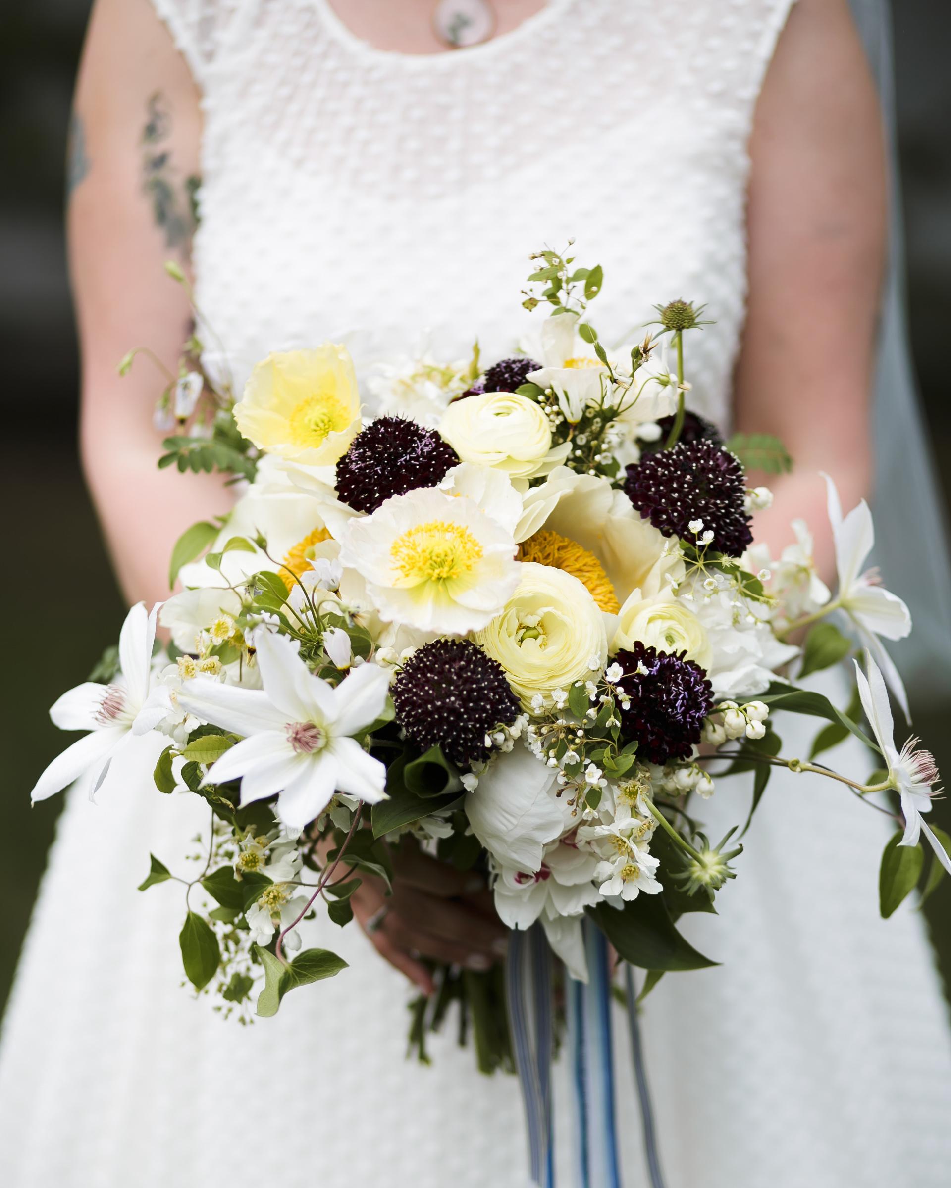 kelly-marie-dave-wedding-bouquet1-0414.jpg