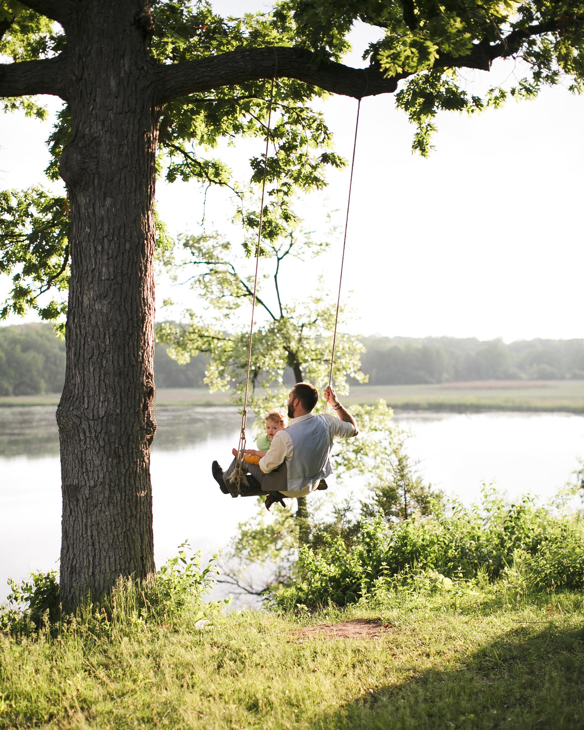 kelly-marie-dave-wedding-swing-0414.jpg
