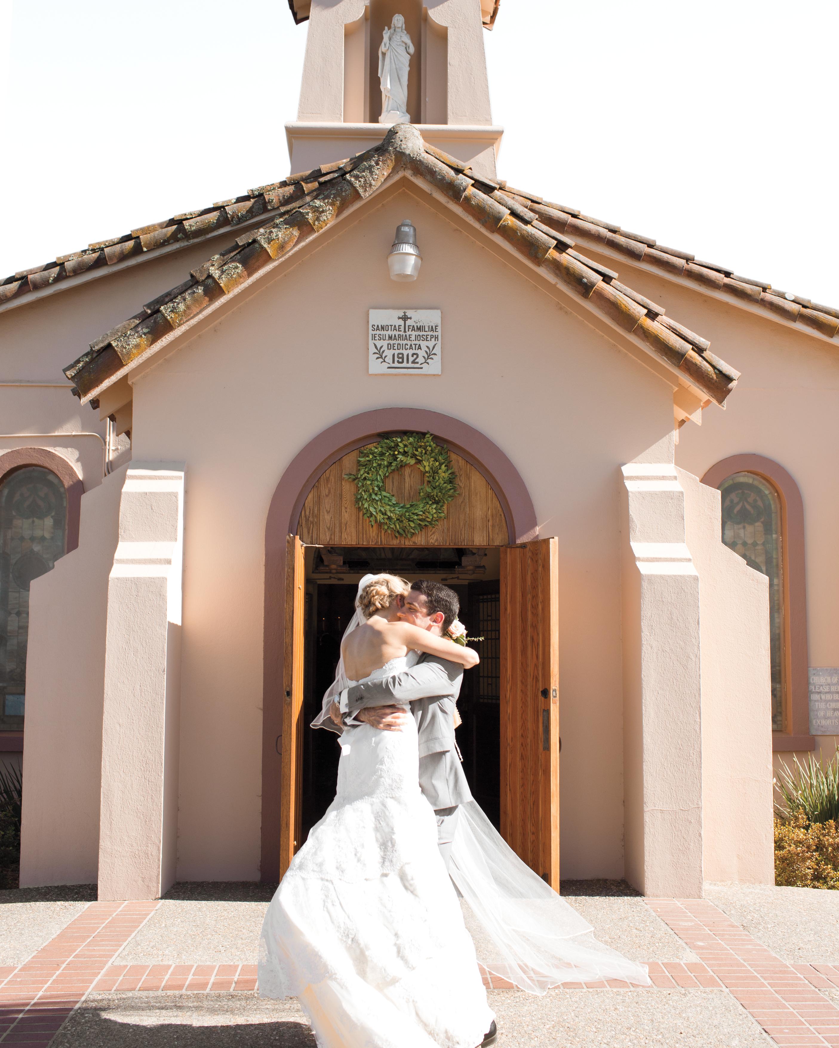 bride-groom-church-portraits-0006-mwd110175.jpg