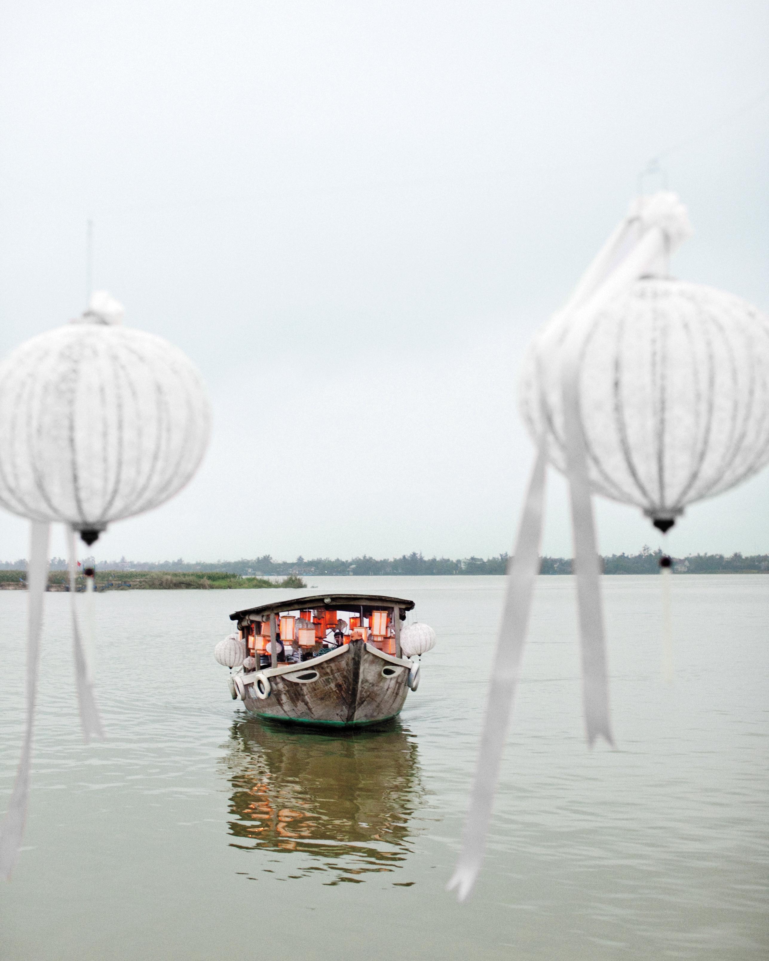 quinn-andy-lace-lanterns-1023-mwds108811.jpg