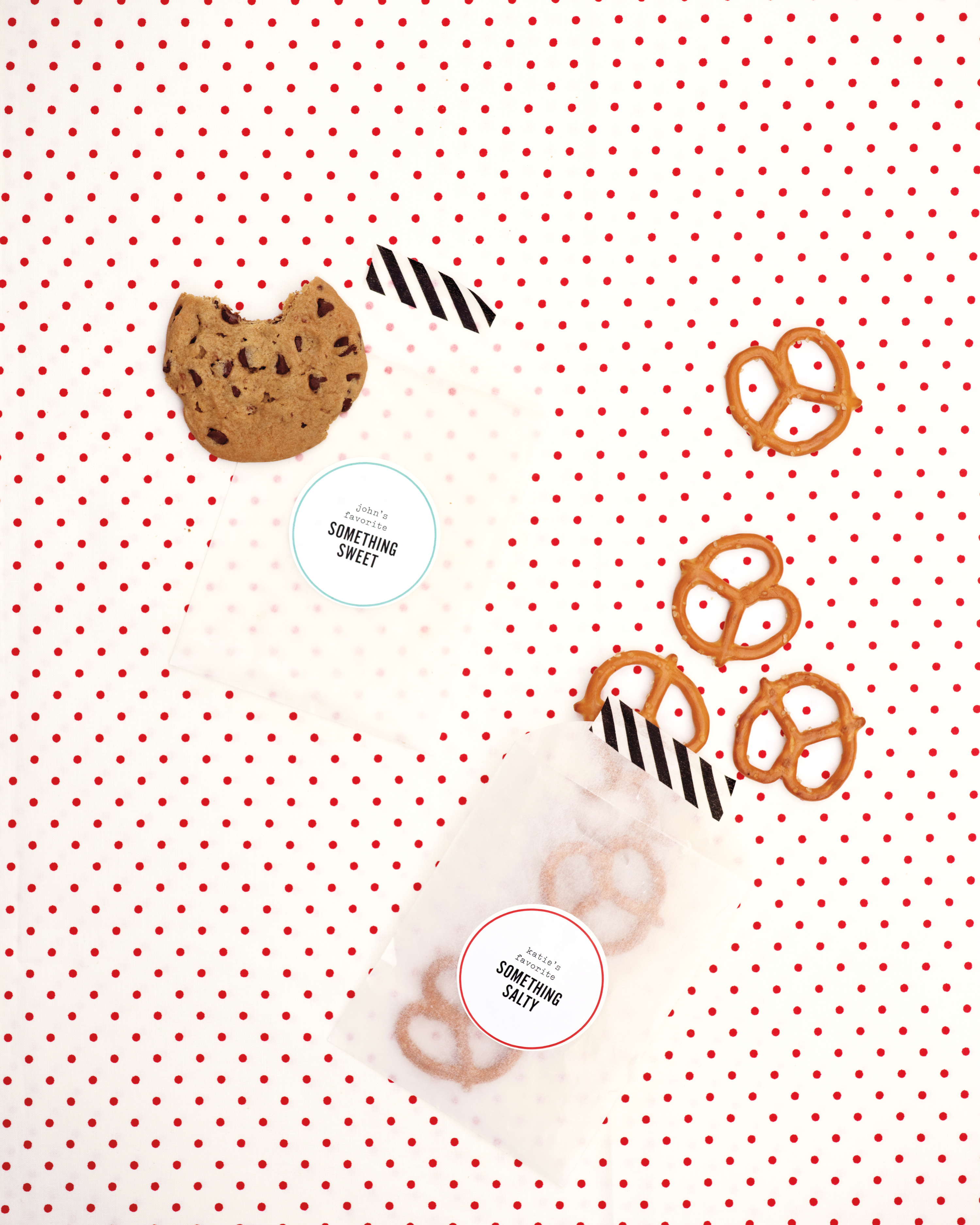 pretzel-favor-cookie-packaging6036-mwd109592.jpg
