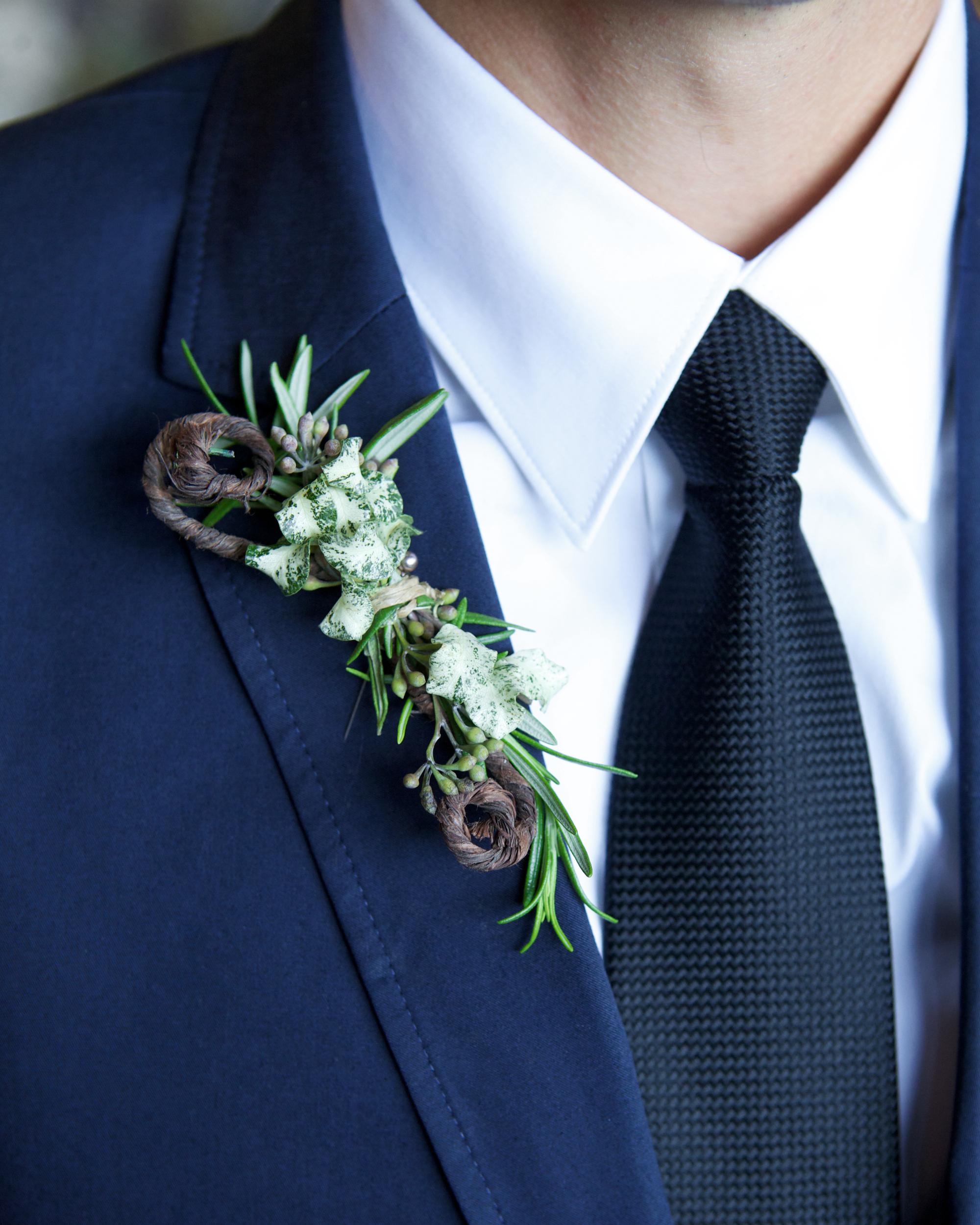 emily-brett-wedding-boutonniere-0414.jpg