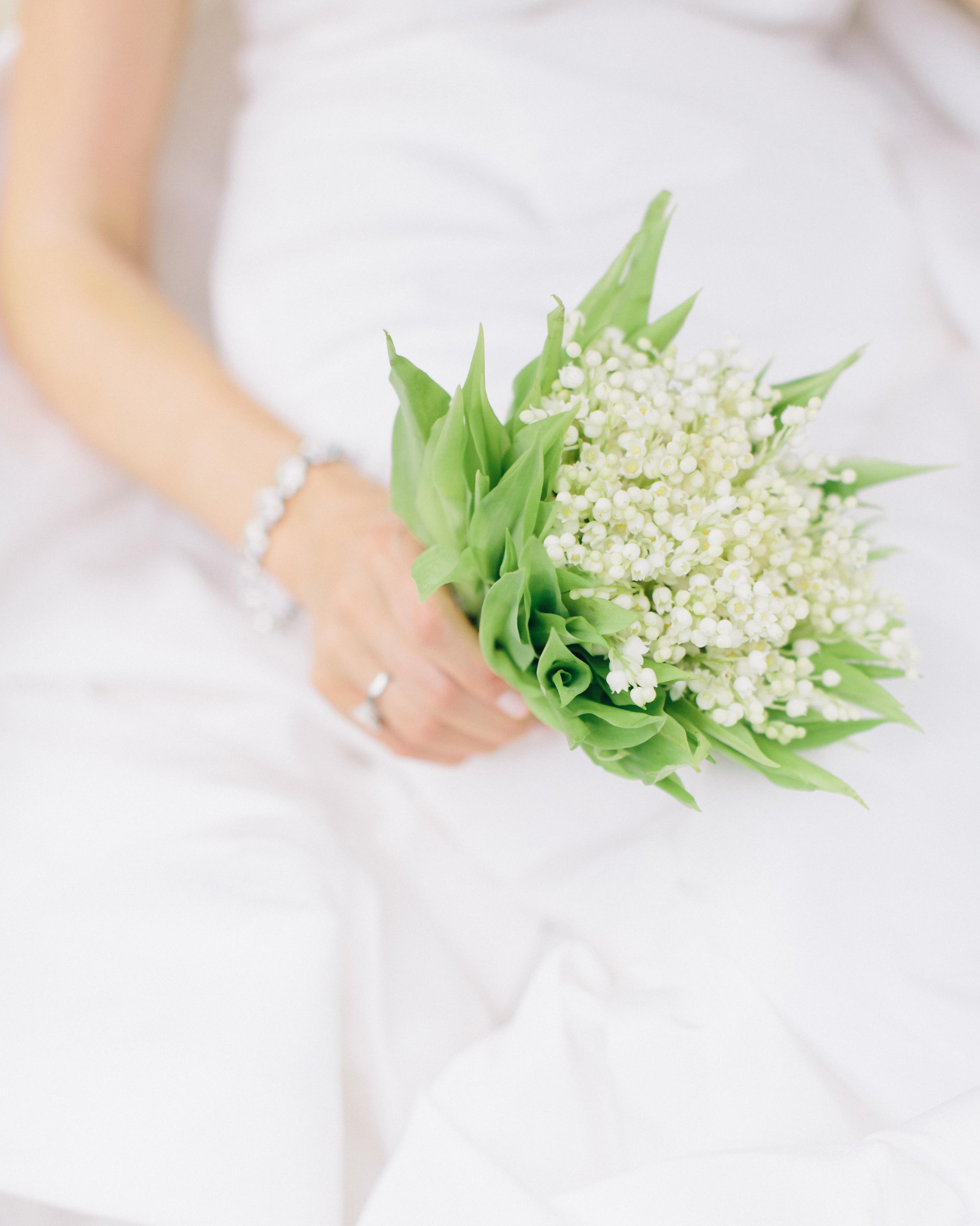 lindsey-josh-wedding-bouquet-0414.jpg
