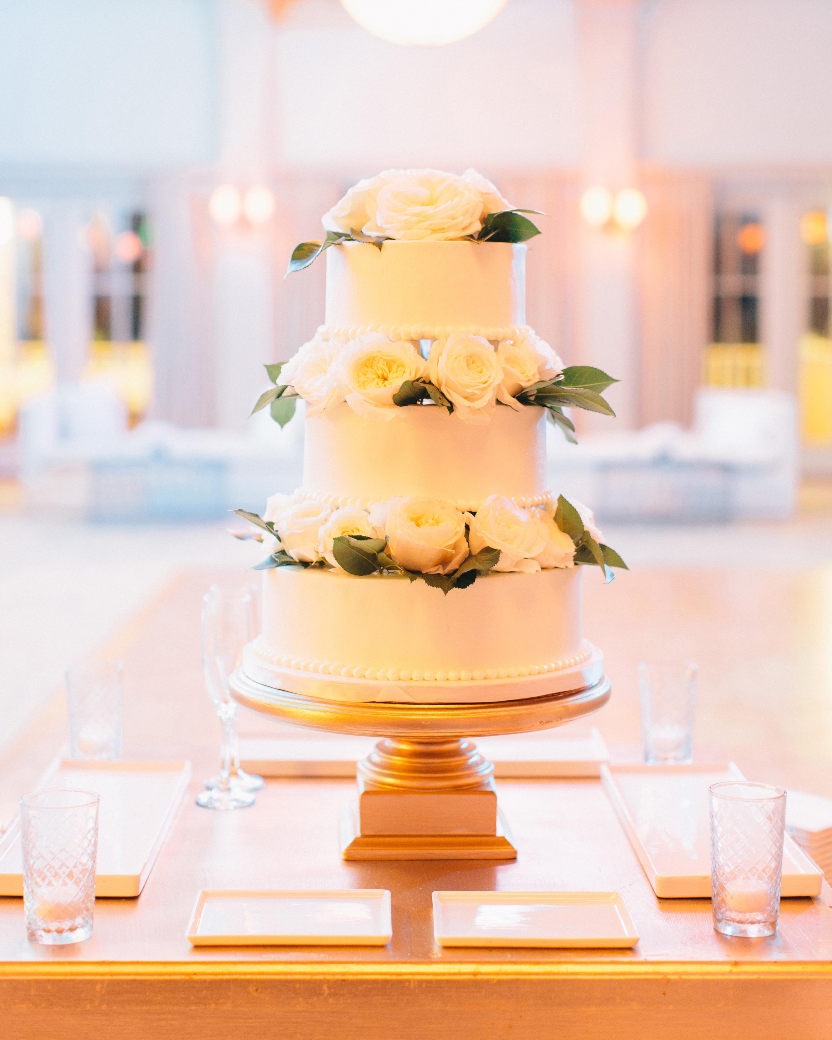 lindsey-josh-wedding-cake-0414.jpg