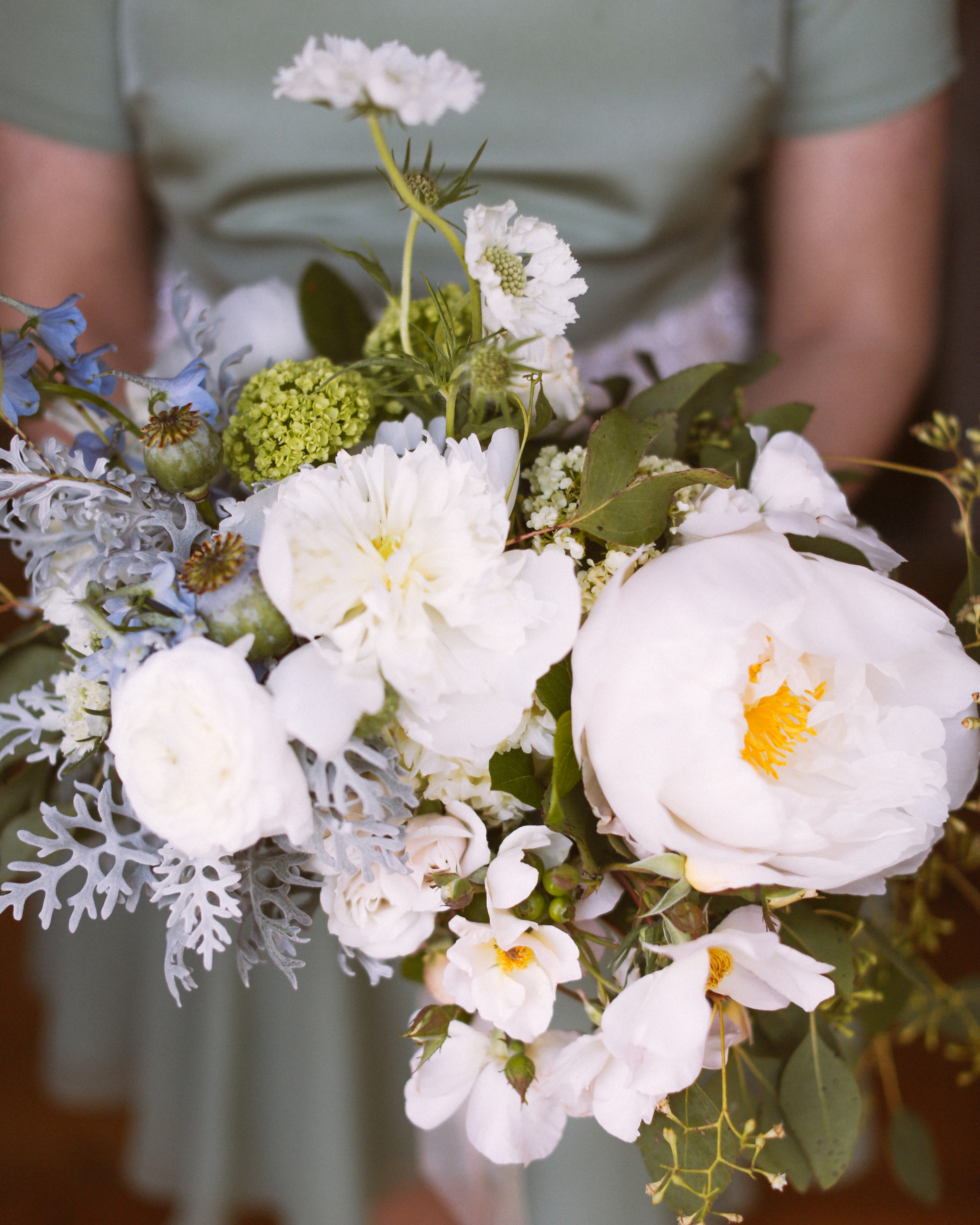 sarah-evan-wedding-bouquet1-0514.jpg