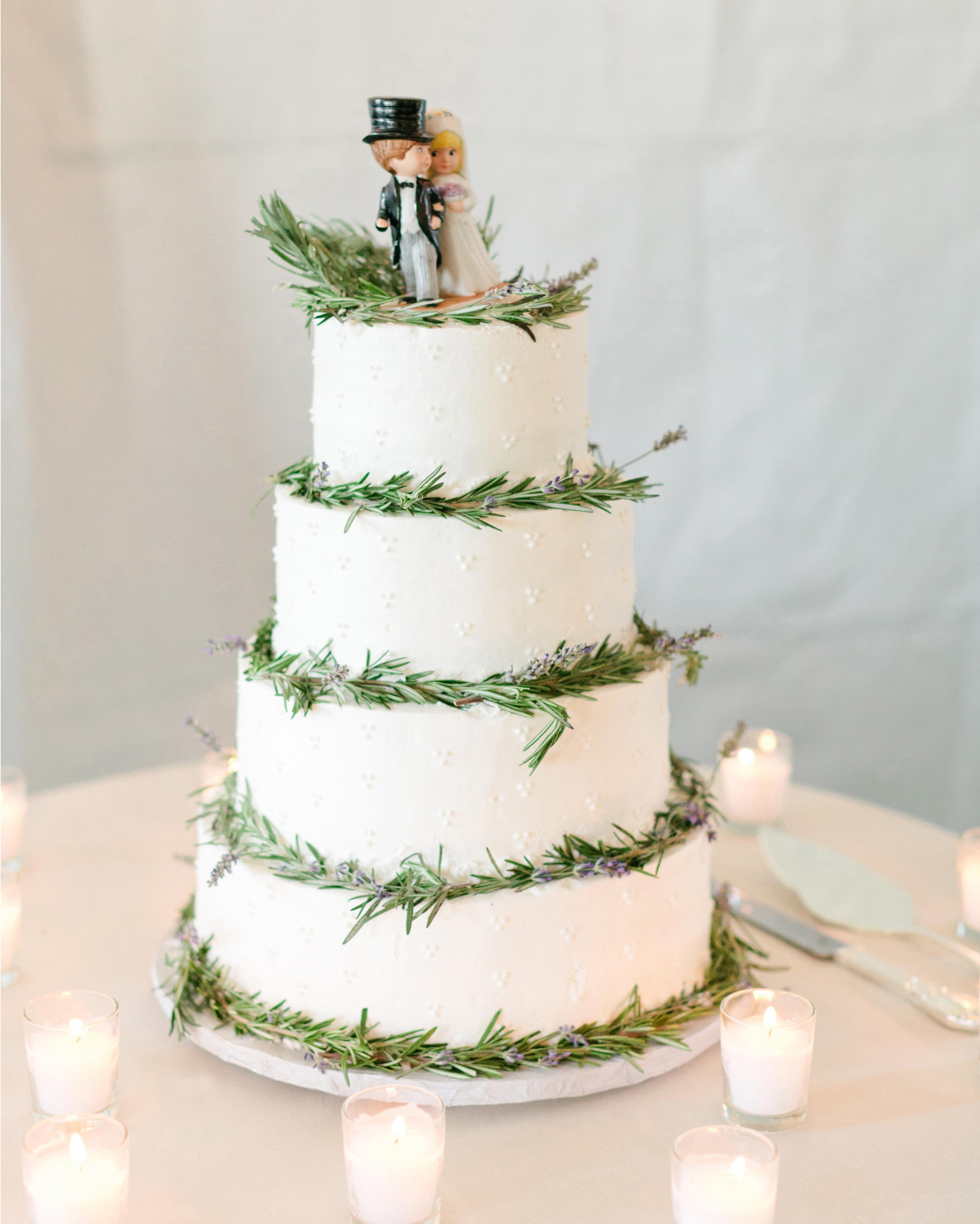 jola-tom-wedding-cake-0614.jpg
