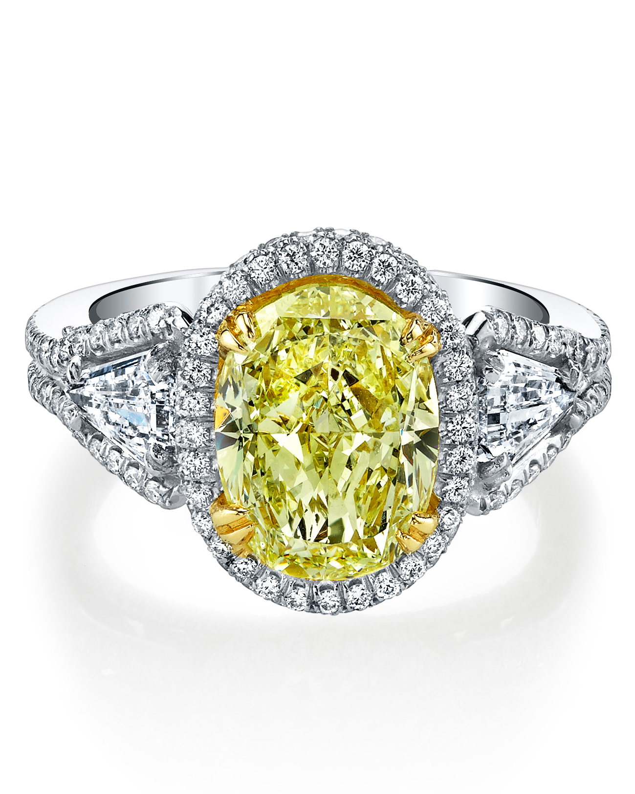 oval-cut-engagement-ring-harry-kotlar-0714.jpg