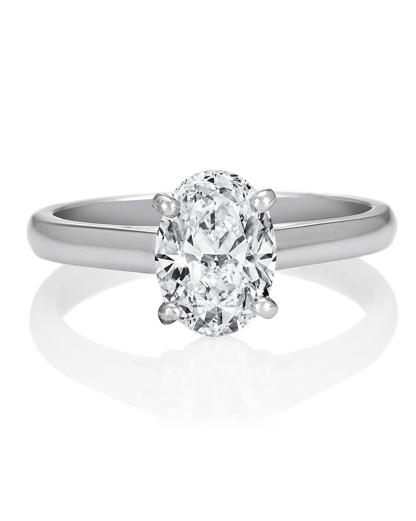 oval-cut-engagement-ring-debeers-0714.jpg