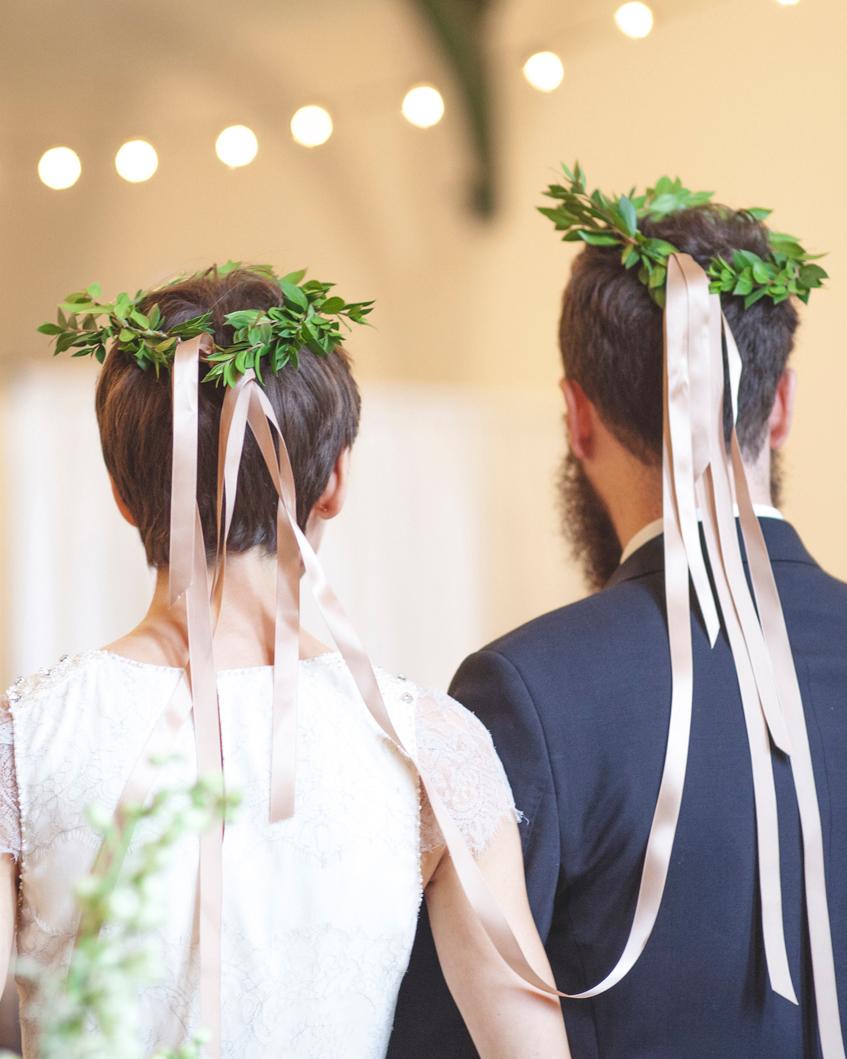 trish-alan-wedding-wreaths-051-s111348-0714.jpg