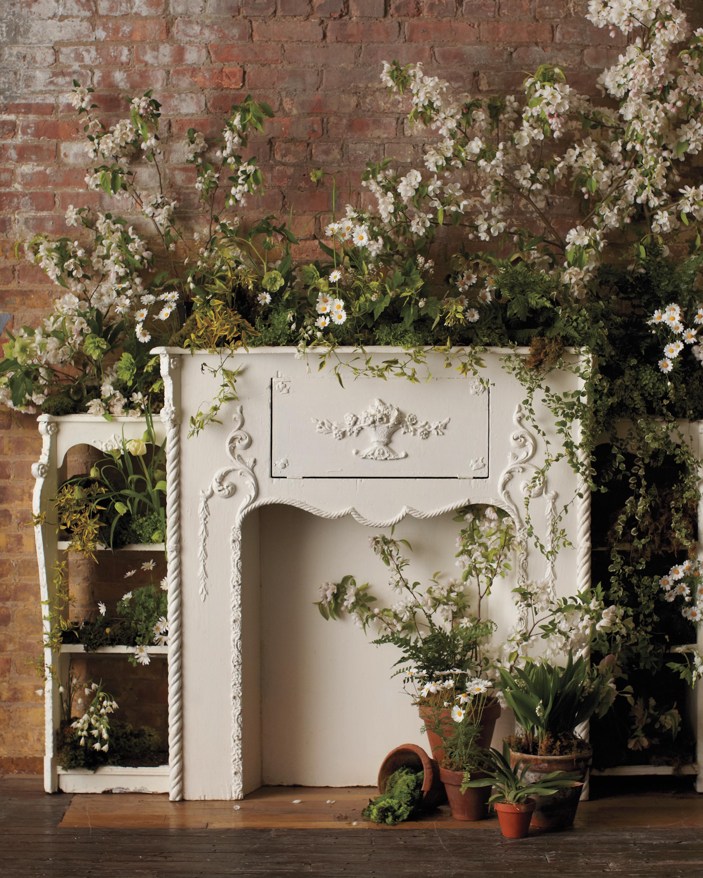 flower-mantle-display-319-mwd110211.jpg
