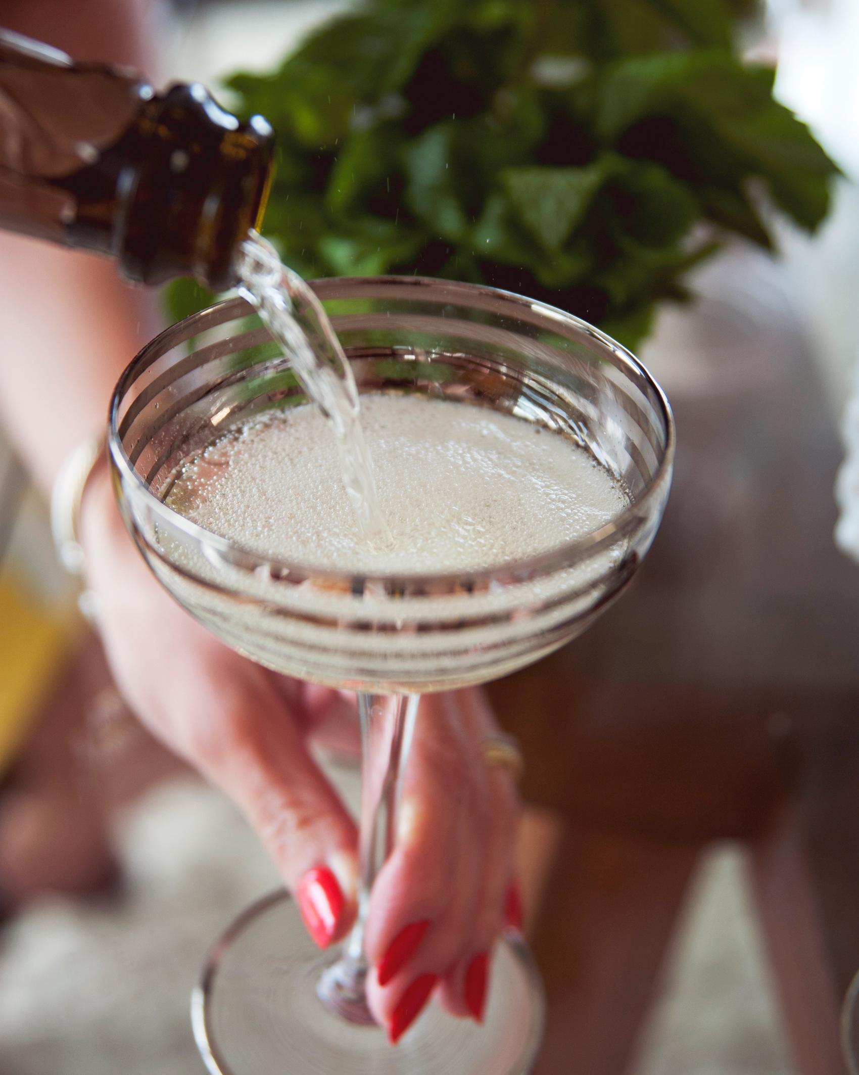 claire-thomas-bridal-shower-vintage-pour-drink-0814.jpg