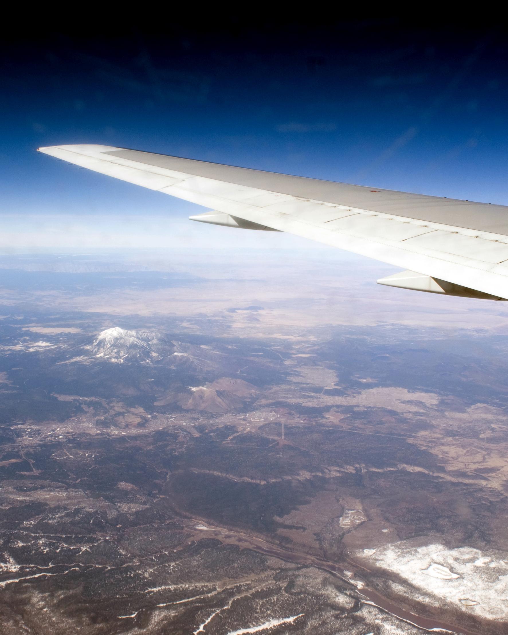 best-honeymoon-airplane-0814.jpg