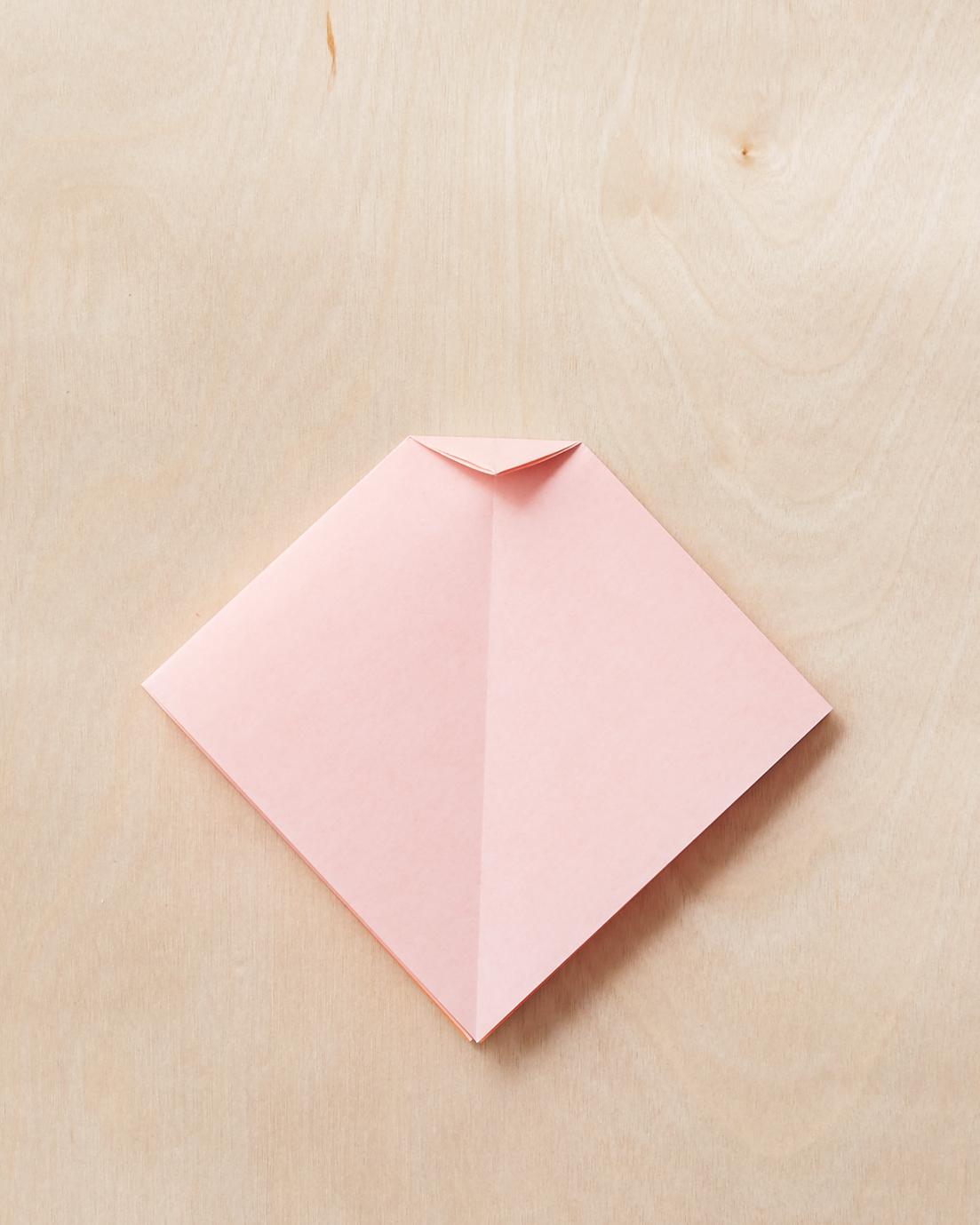 origami-bow-3-189-mwd110795.jpg