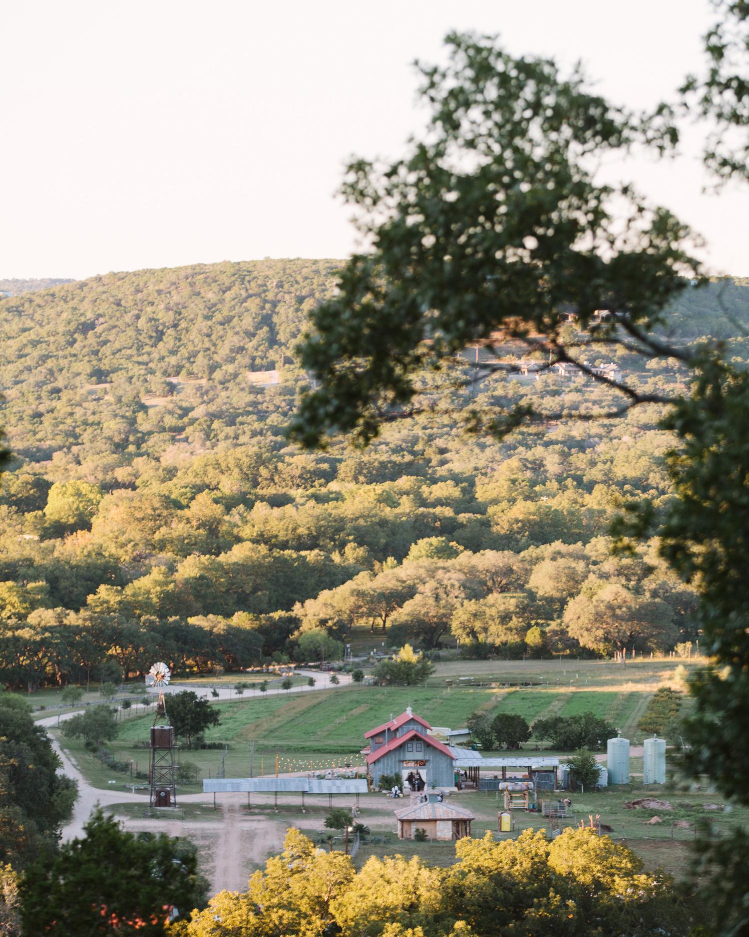 rustic-wedding-handbook-venues-montesino-ranch-view-of-property-0914.jpg