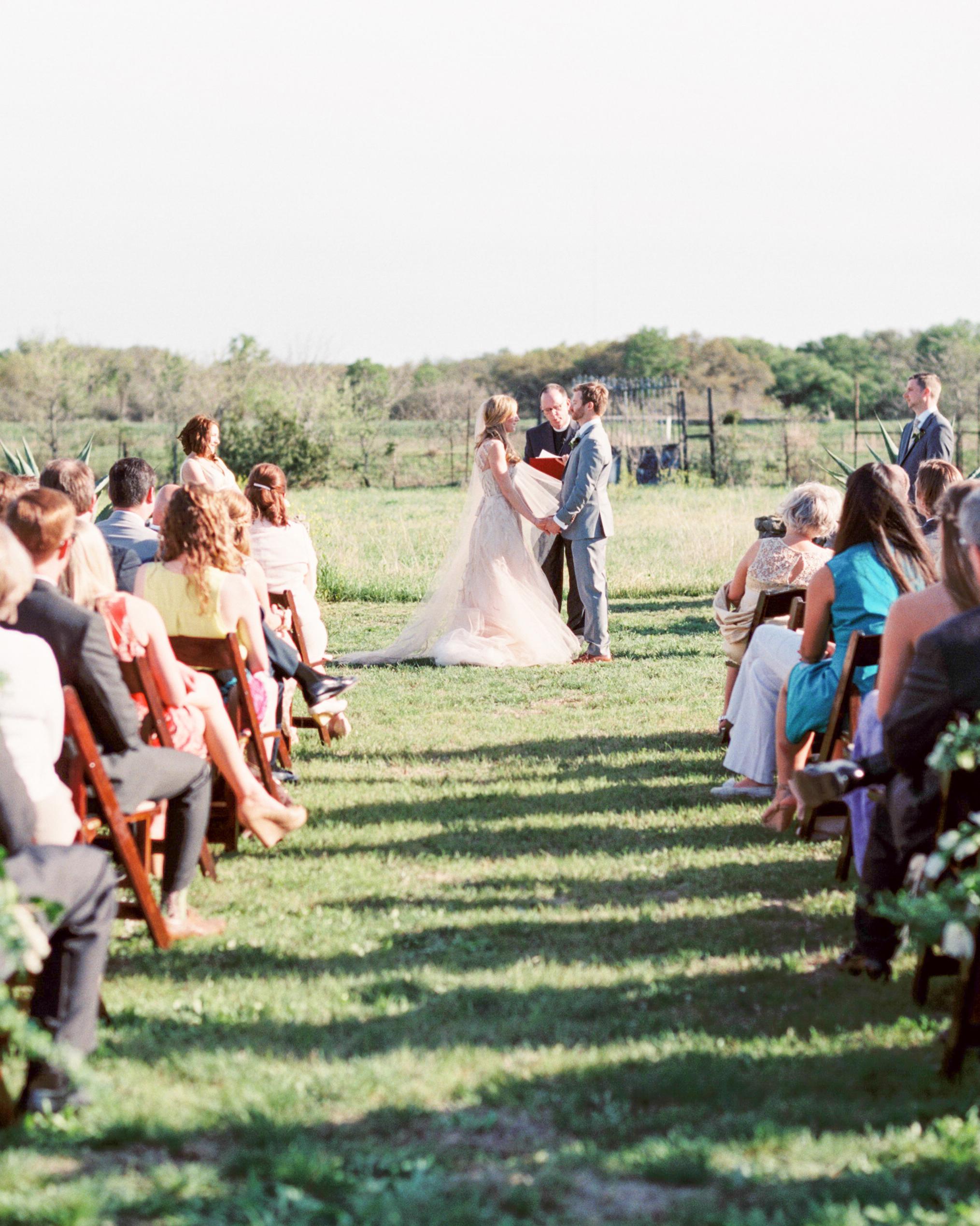 paige-chris-wedding-suite-078-s111485-0914.jpg